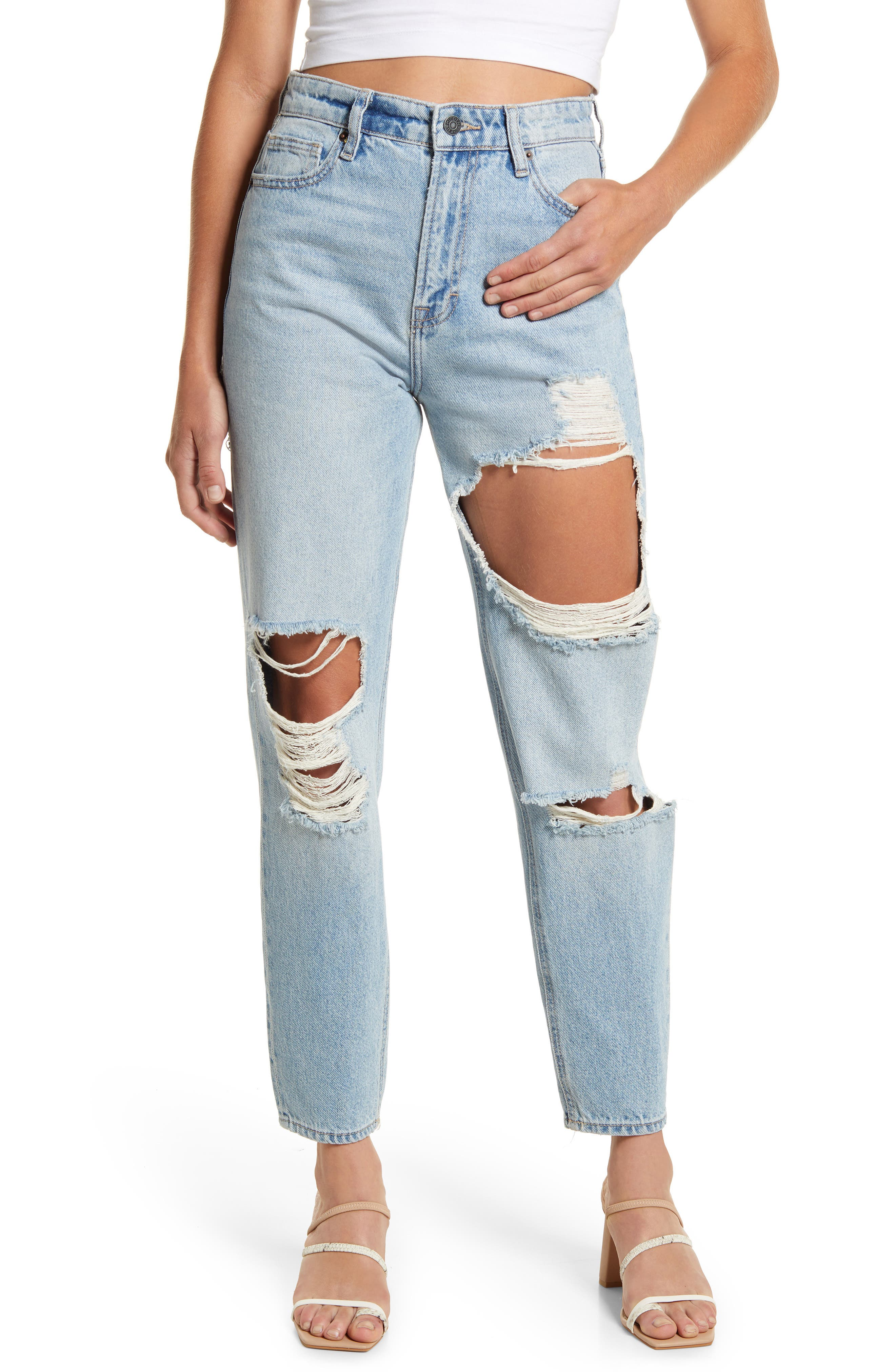 Distressed Tapered Mom Jeans