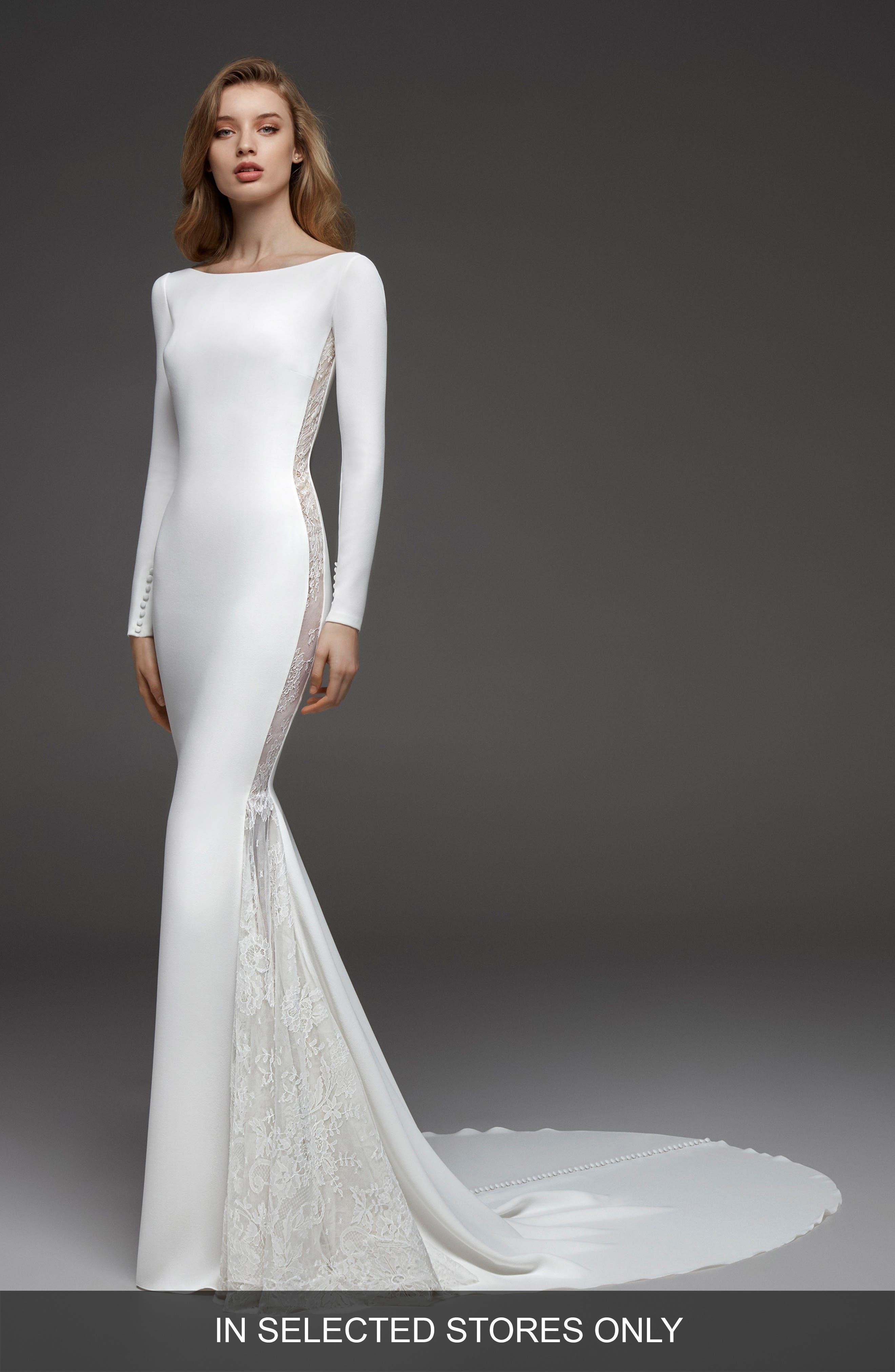 Atelier Pronovias Colorado Crepe & Chantilly Lace Mermaid Gown, Size - Ivory