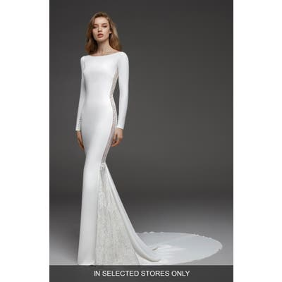 Atelier Pronovias Colorado Crepe & Chantilly Lace Mermaid Gown, Size - Ivory