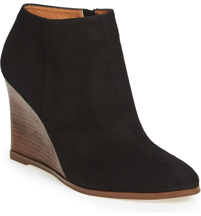 HALOGEN<SUP>®</SUP> 'Selbi' Almond Toe Wedge, Main, color, 001