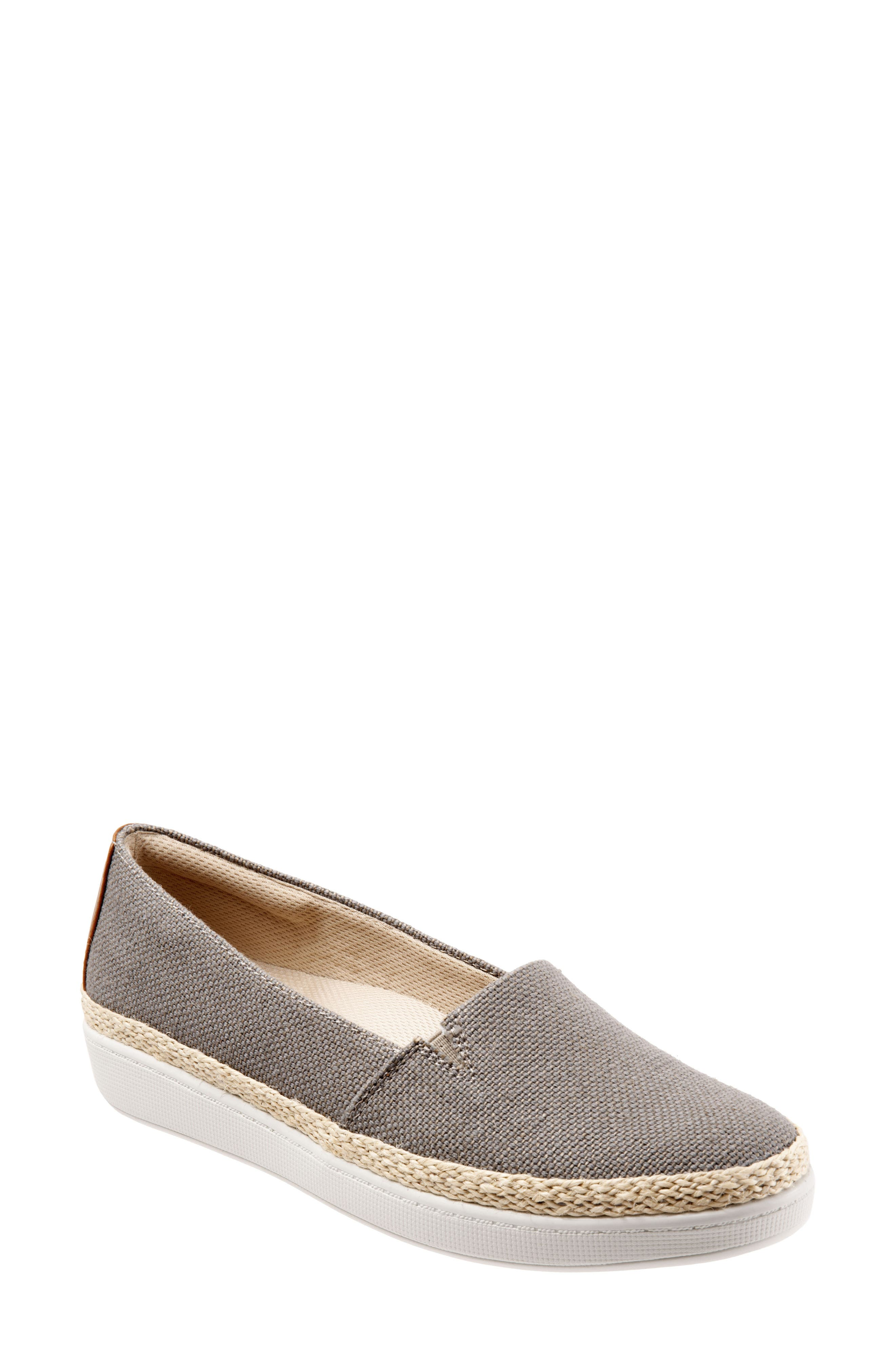 Trotters Accent Slip-On WW - Beige