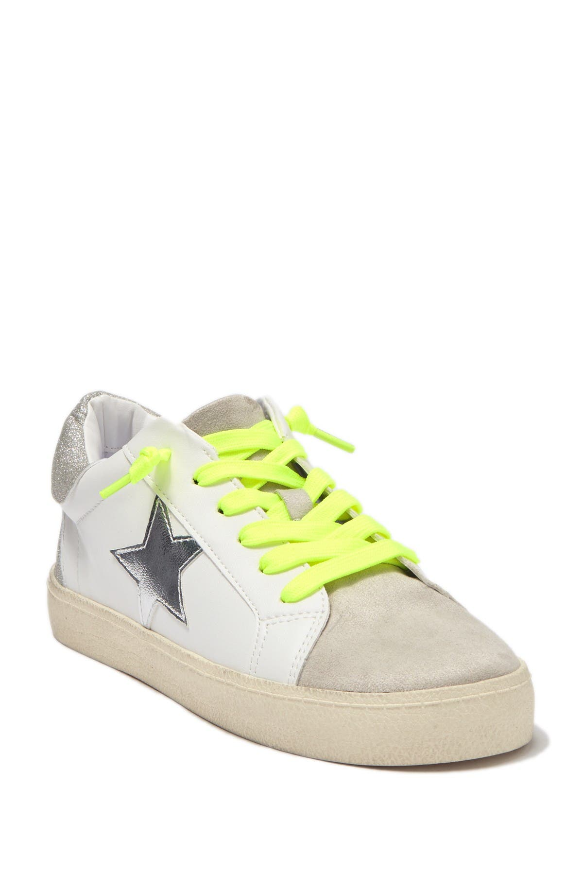 Madden Girl   Linlee Lace-Up Sneaker