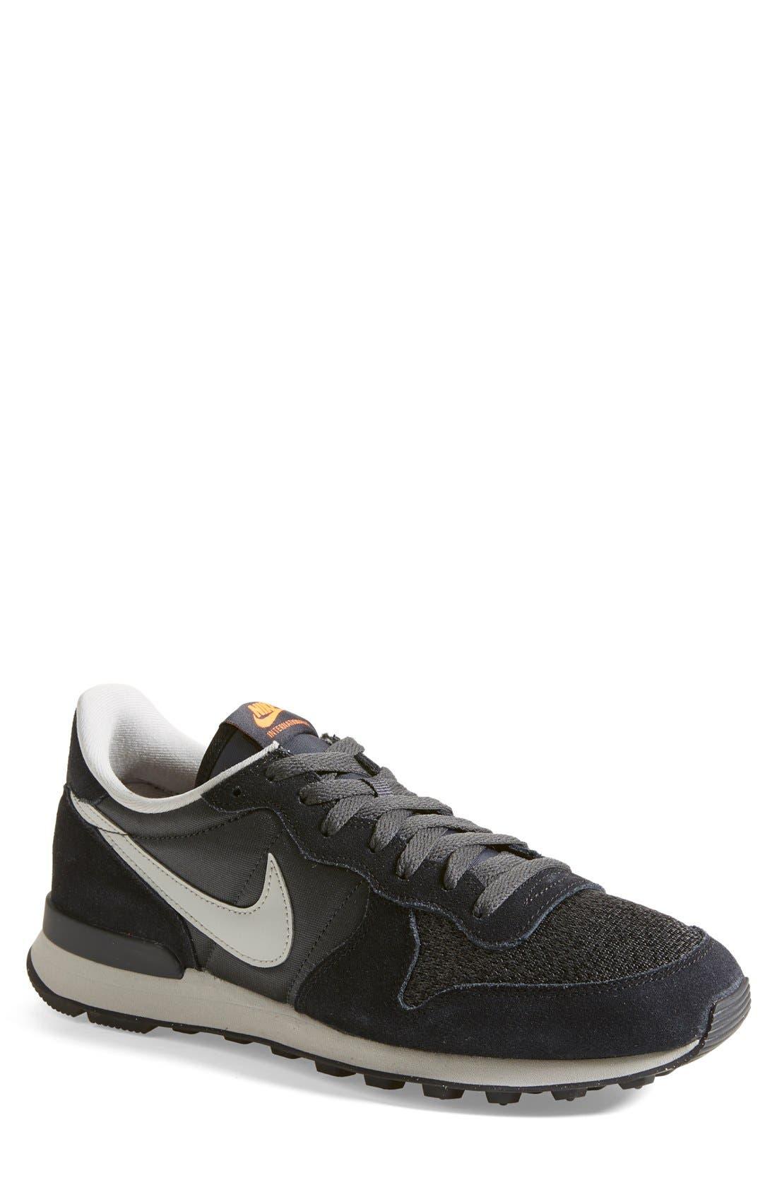 Nike 'Internationalist' Sneaker (Men