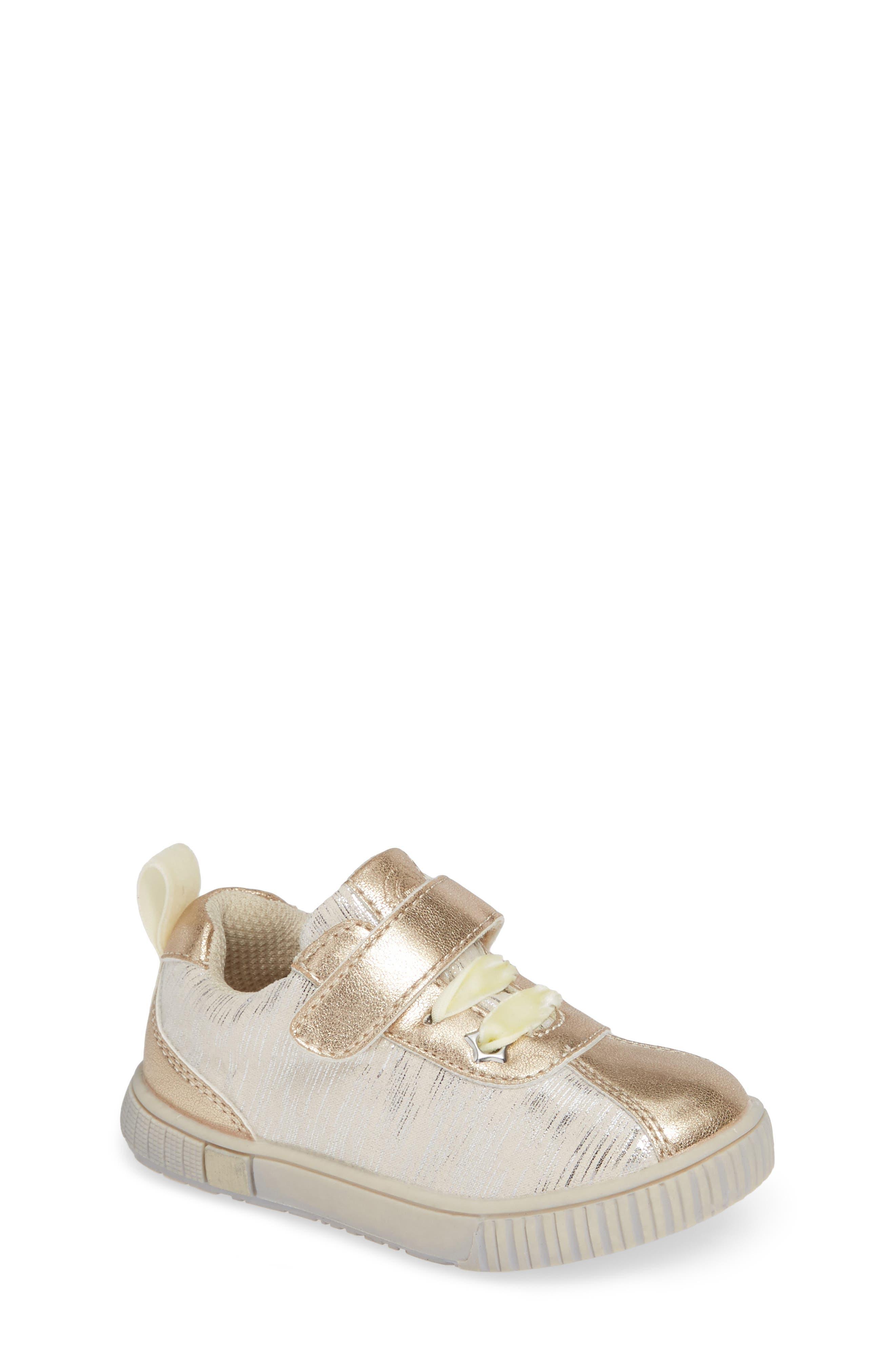 Toddler Girls Livie  Luca Spin Metallic Sneaker Size 10 M  Beige