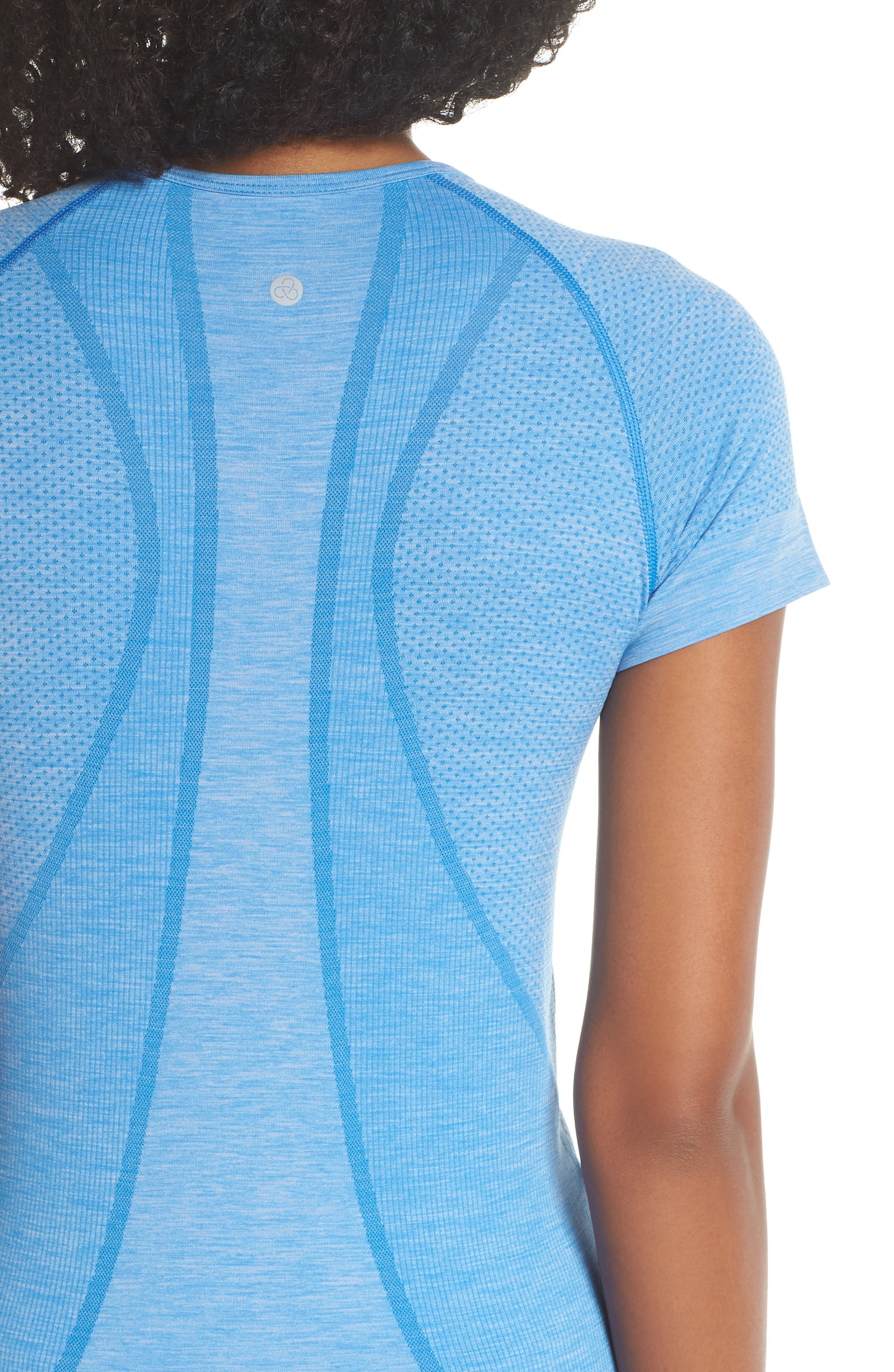 ,                             Stand Out Seamless Training Tee,                             Alternate thumbnail 23, color,                             451