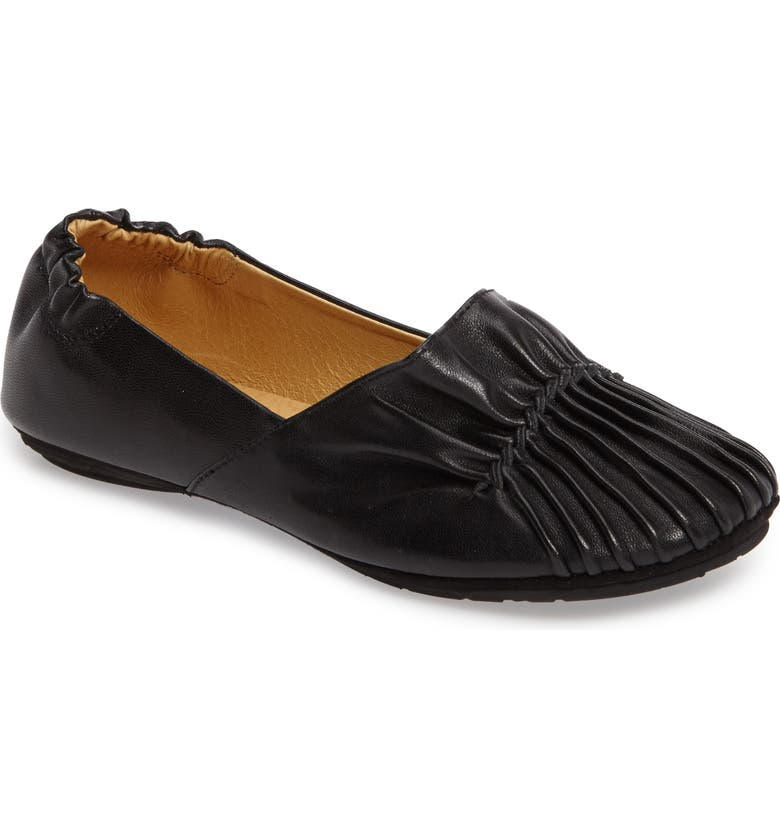 CHOCOLAT BLU Seamed Flat, Main, color, BLACK LEATHER