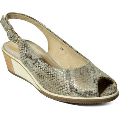 Vaneli Baise Slingback Sandal, Grey