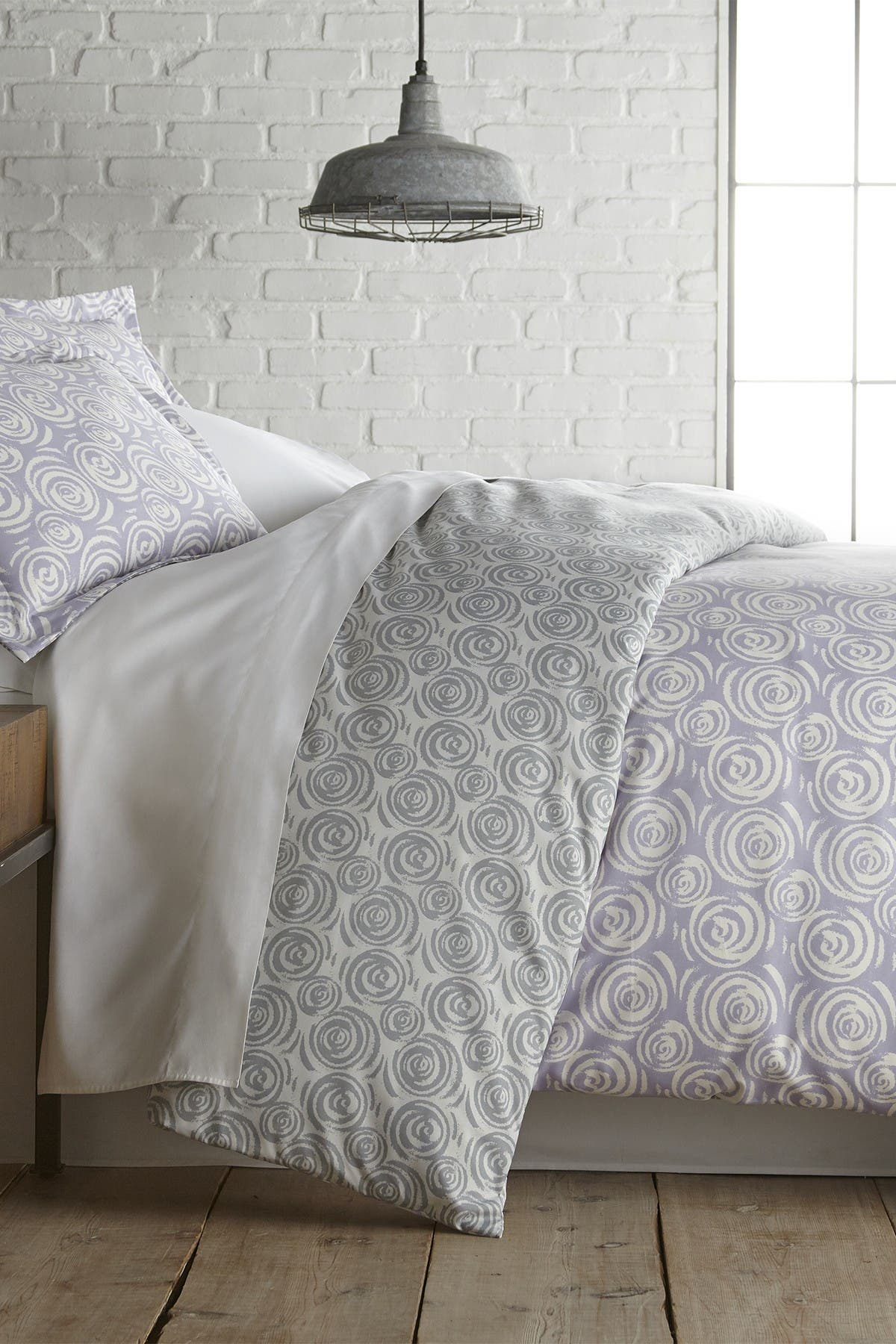 Image of SOUTHSHORE FINE LINENS Full/Queen Premium Collection Ultra-Soft Modern Duvet Cover Sets - Circles and Swirls Lavender