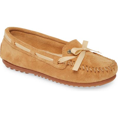 Minnetonka Cloud Genuine Shearling Lined Moccasin