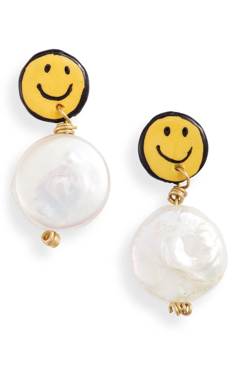 SUSAN ALEXANDRA Smiley Freshwater Pearl Earrings, Main, color, MULTI