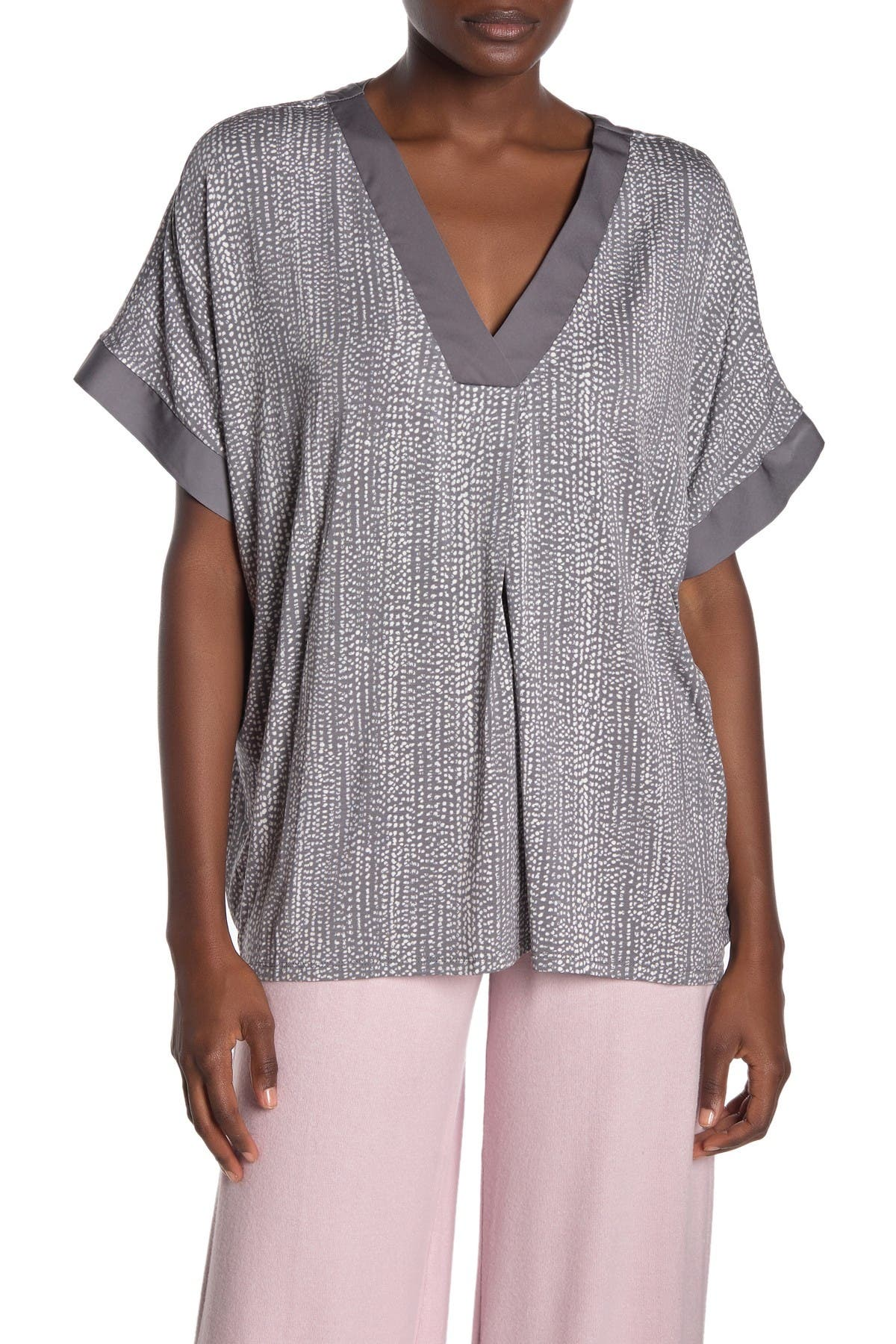 Image of Donna Karan V-Neck Elbow Sleeve Pajama Top