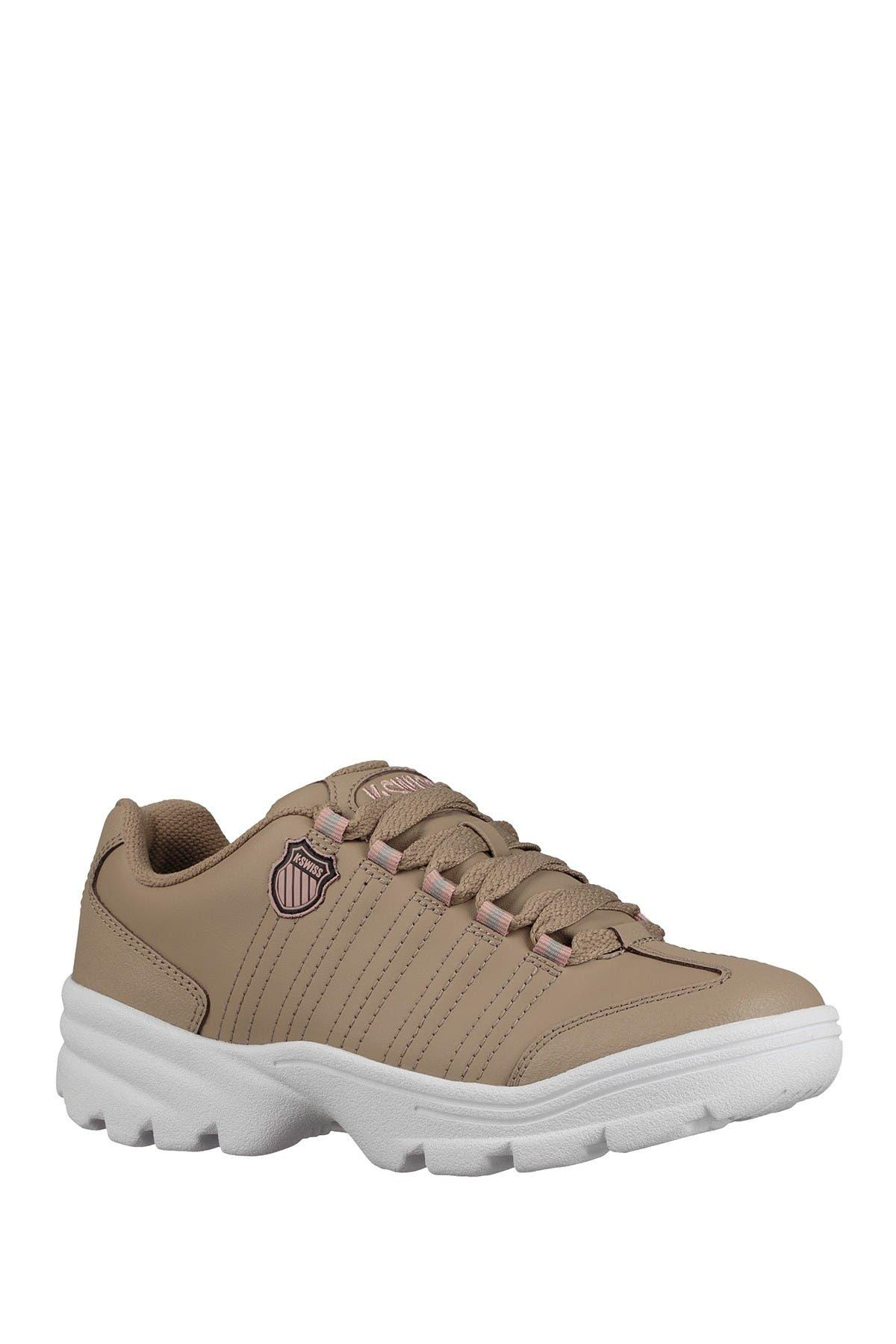Image of K-Swiss Altezo Thick Tread Sneaker