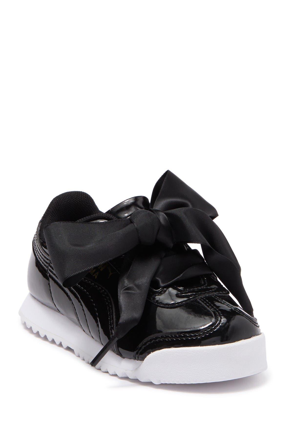 PUMA | Roma Heart Patent Sneaker
