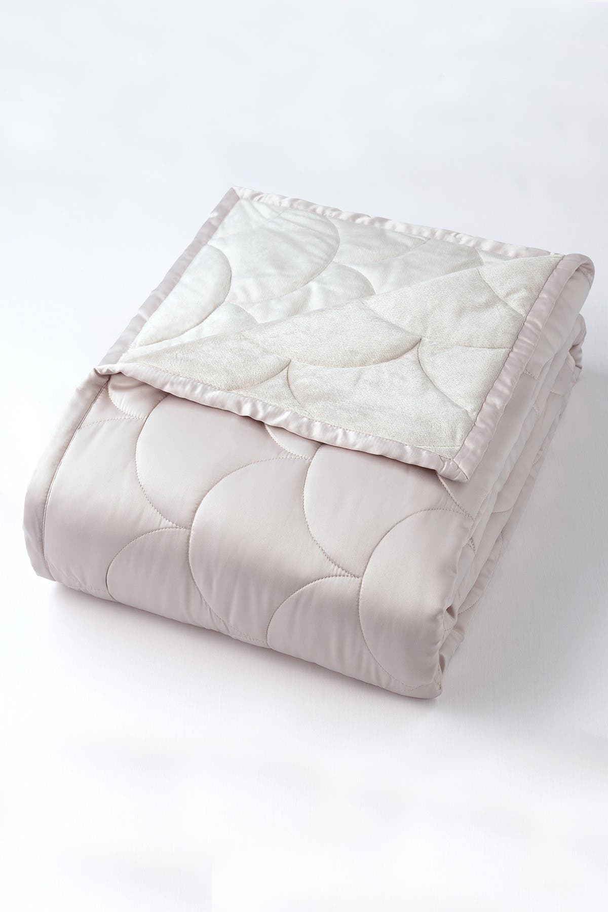 Image of CLIMAREST Nikki Chu Twin Velvet/Satin Reversible Blanket - Silver
