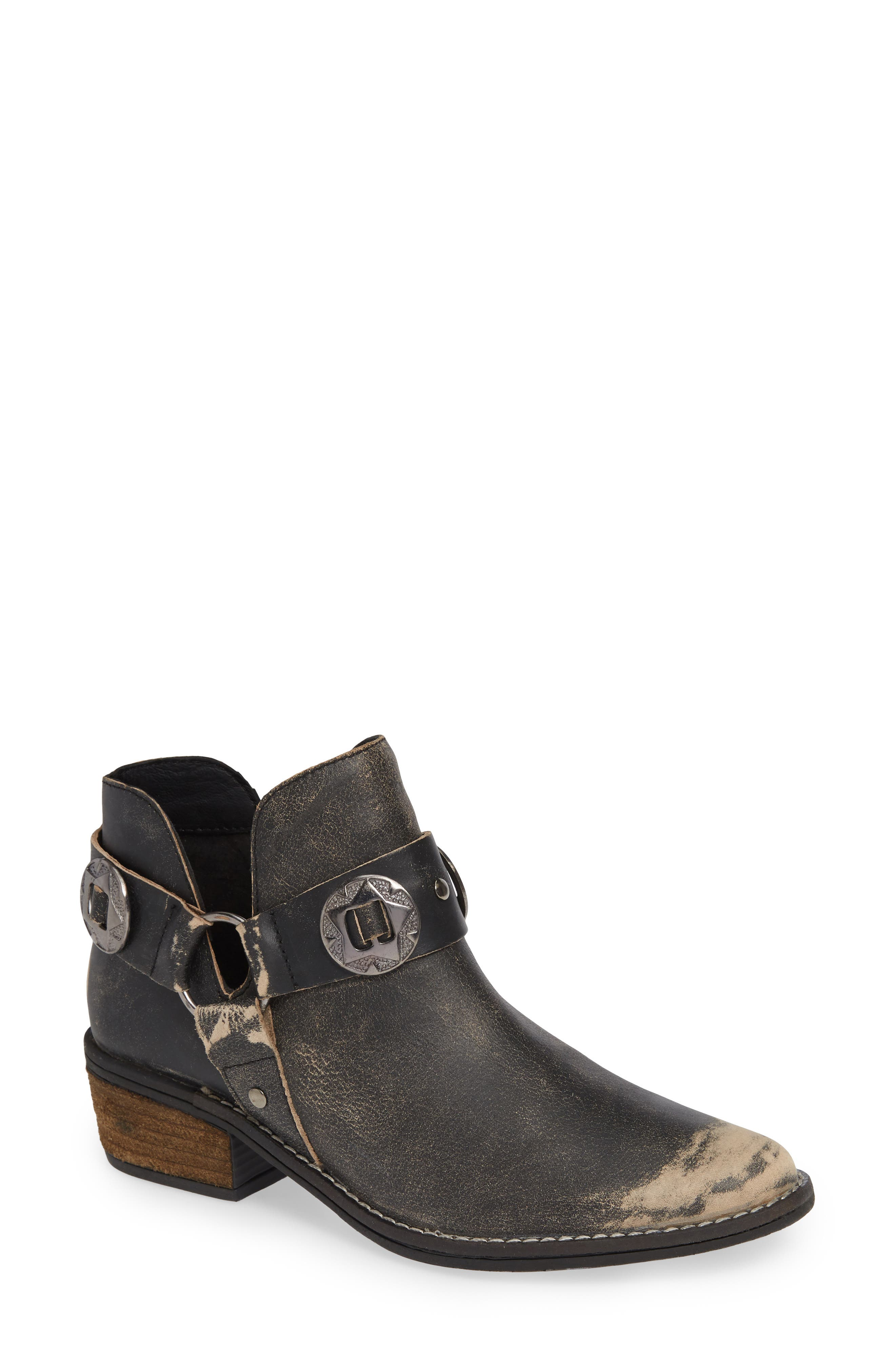 Chinese Laundry Austin Bootie, Black