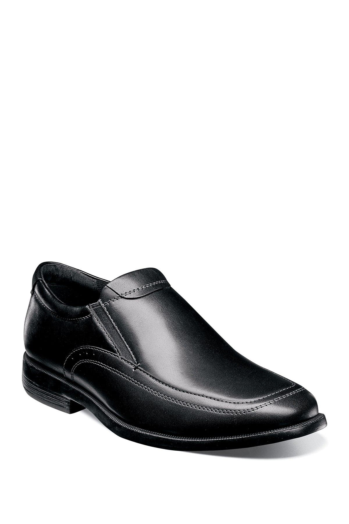 Image of NUNN BUSH Dylan Moc Toe Slip-On Loafer - Wide Width Available