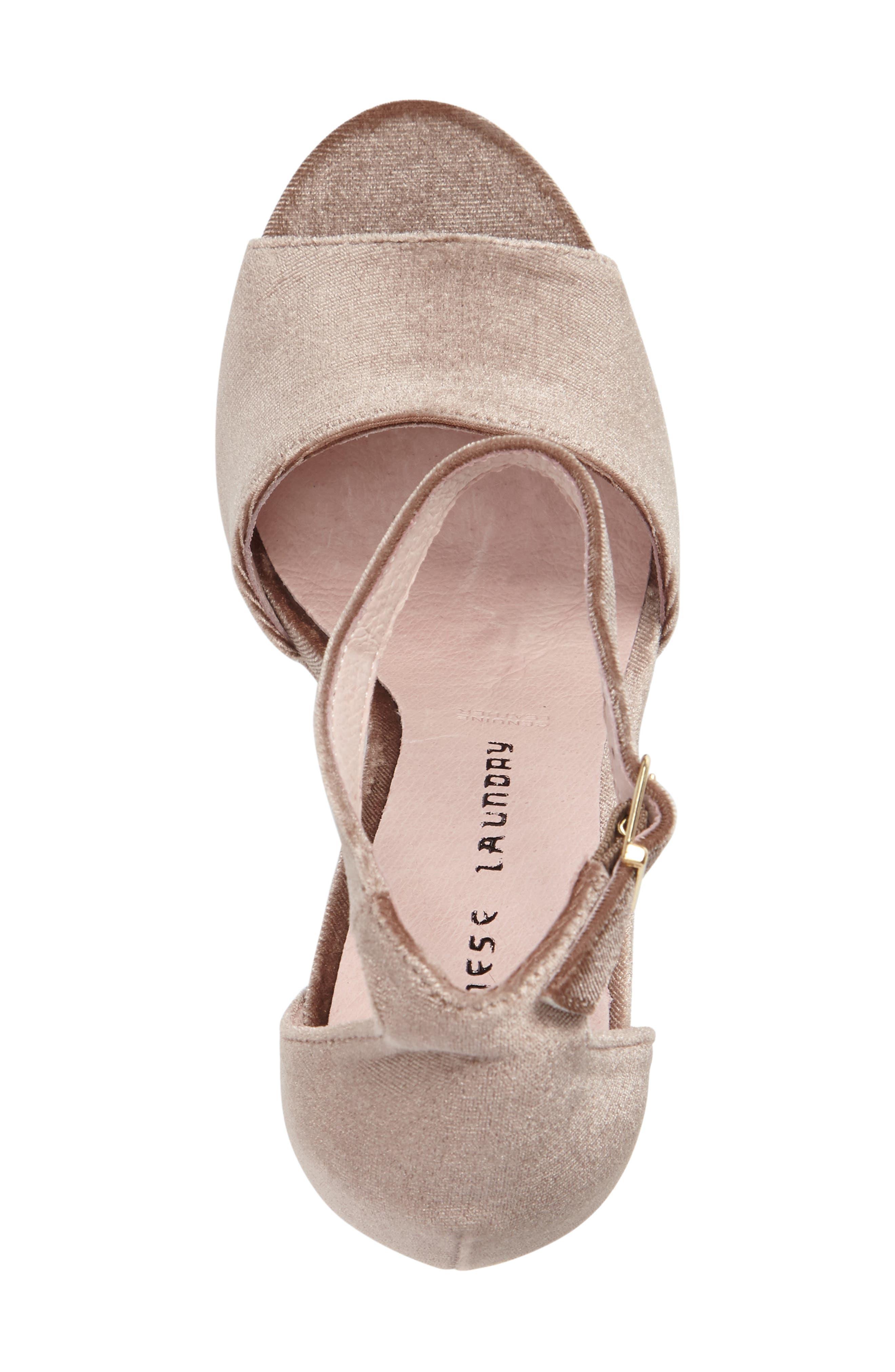 ,                             Ace Platform Sandal,                             Alternate thumbnail 9, color,                             250