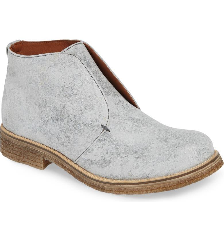 BOS. & CO. Tvol Laceless Chukka Boot, Main, color, GOLD VINTAGE