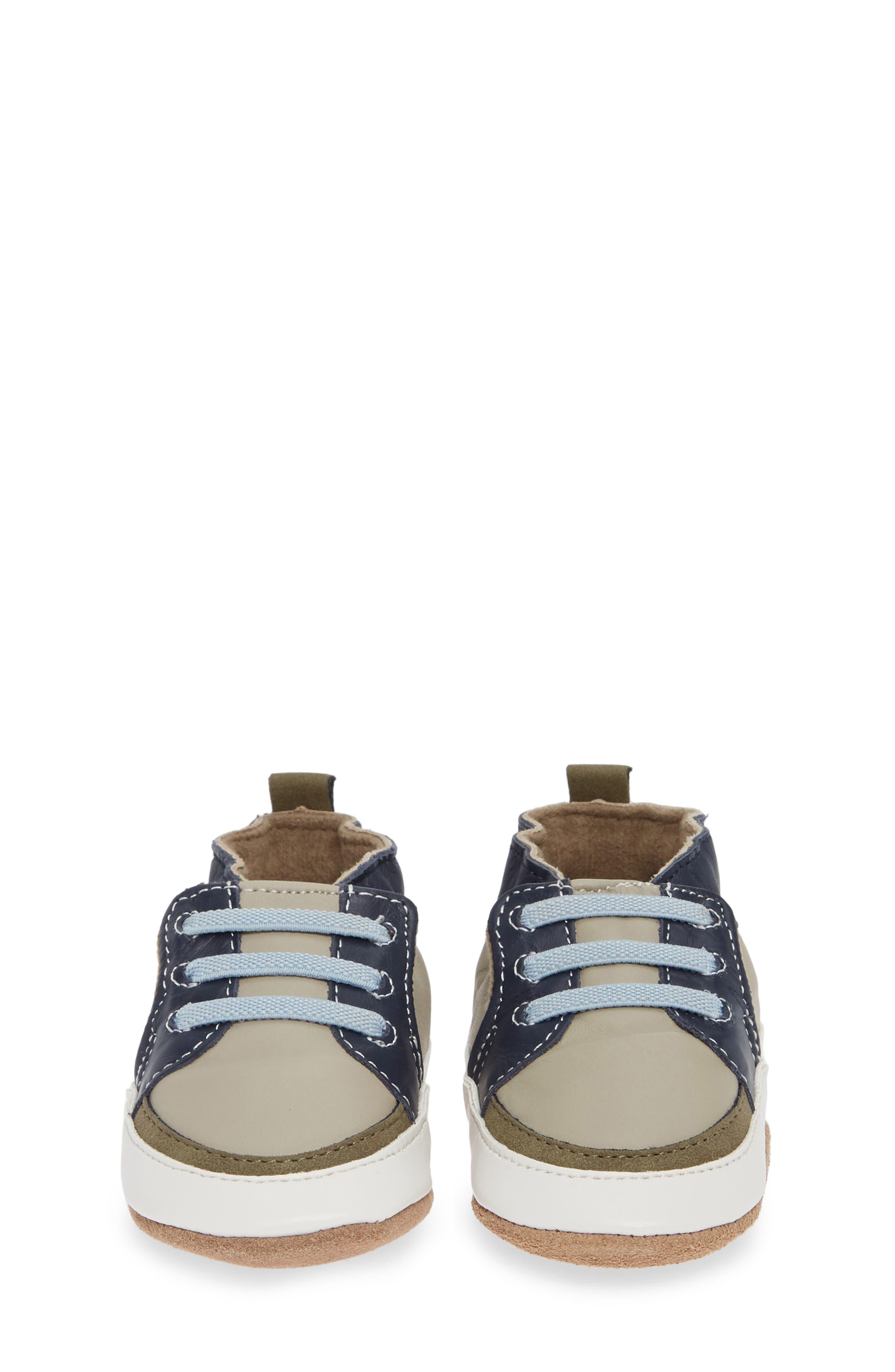 ,                             Arthur Trendy Trainer Crib Shoe,                             Alternate thumbnail 4, color,                             GREY