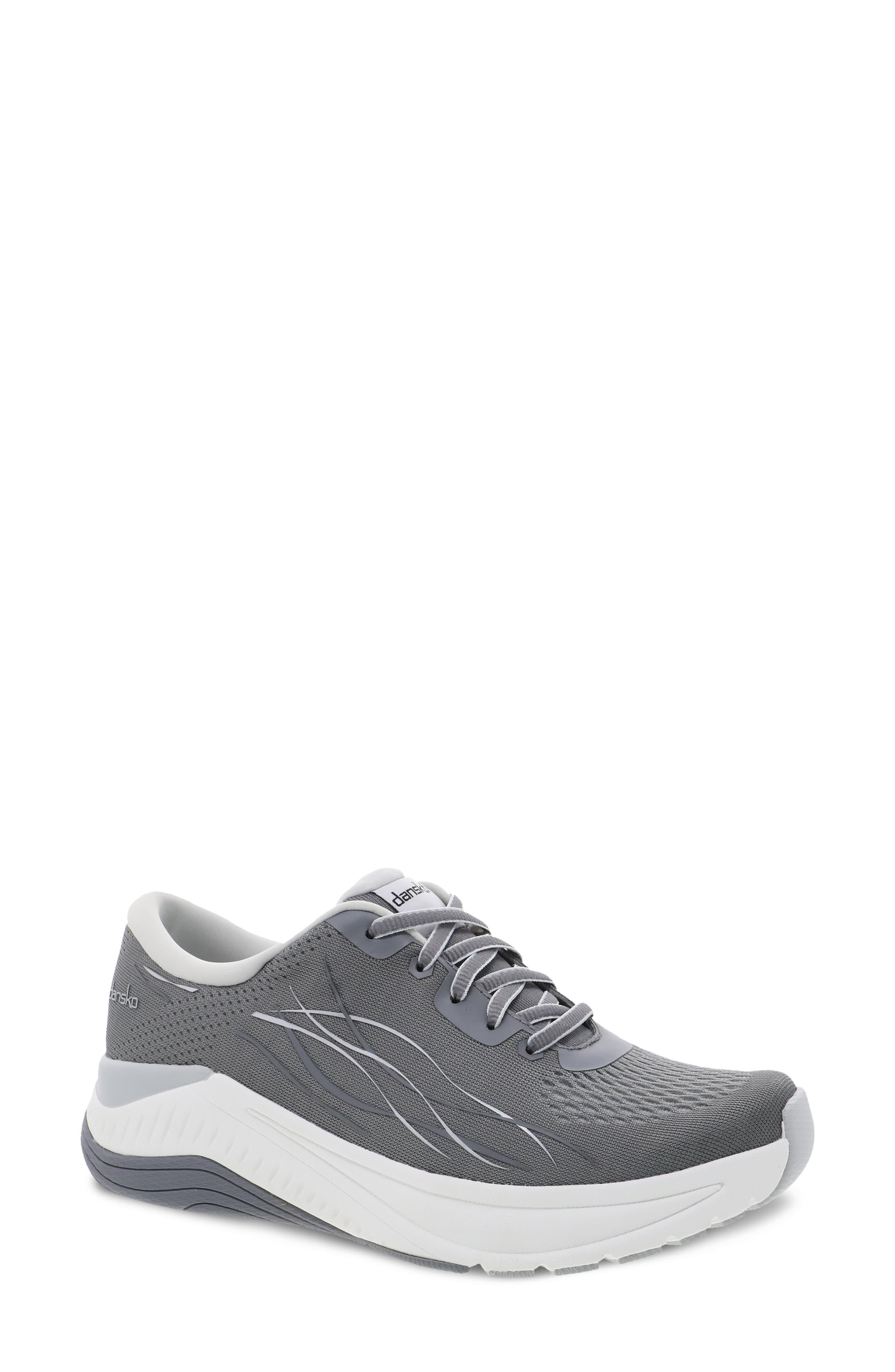Pace Sneaker