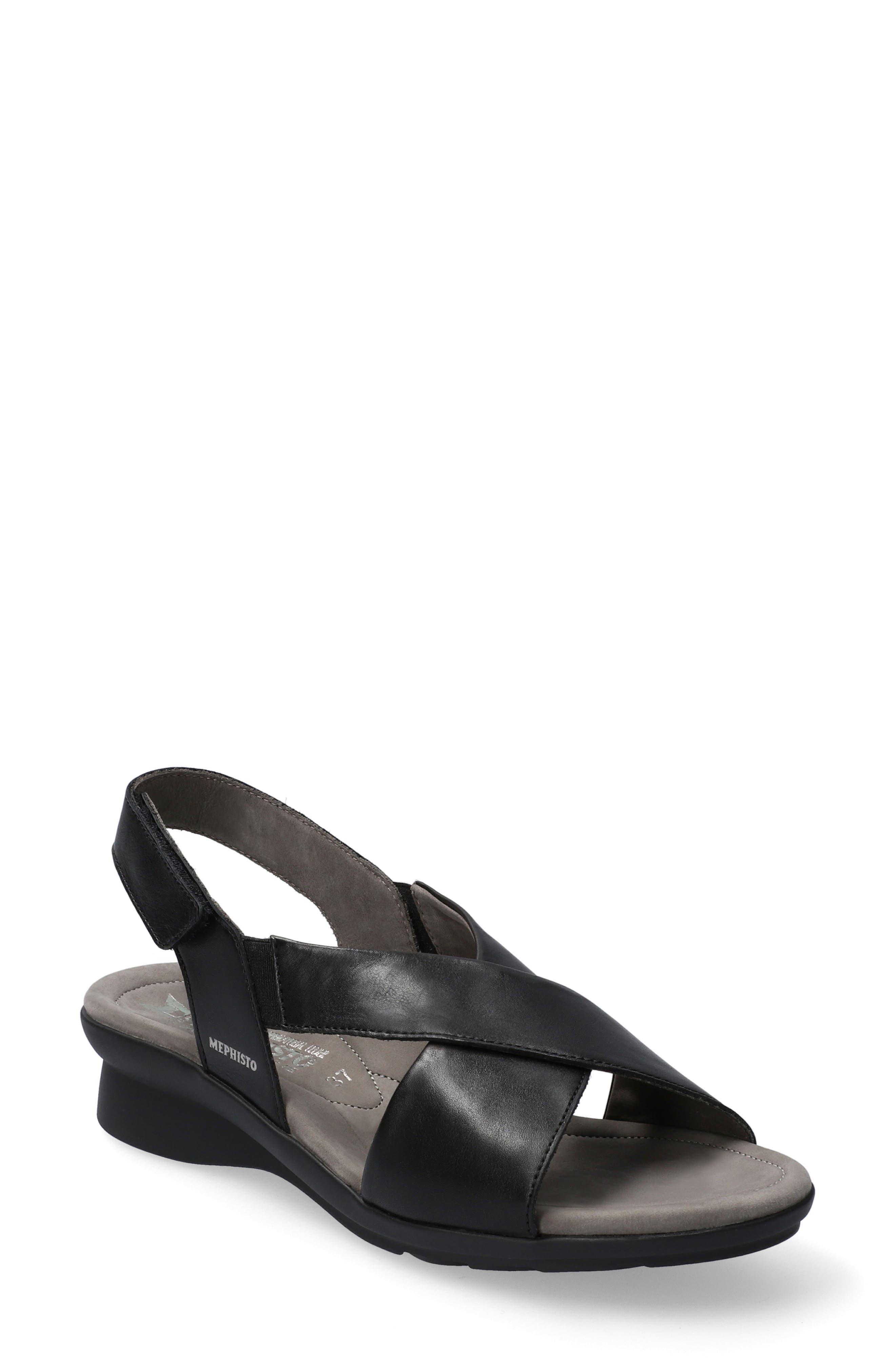 Phara Wedge Sandal