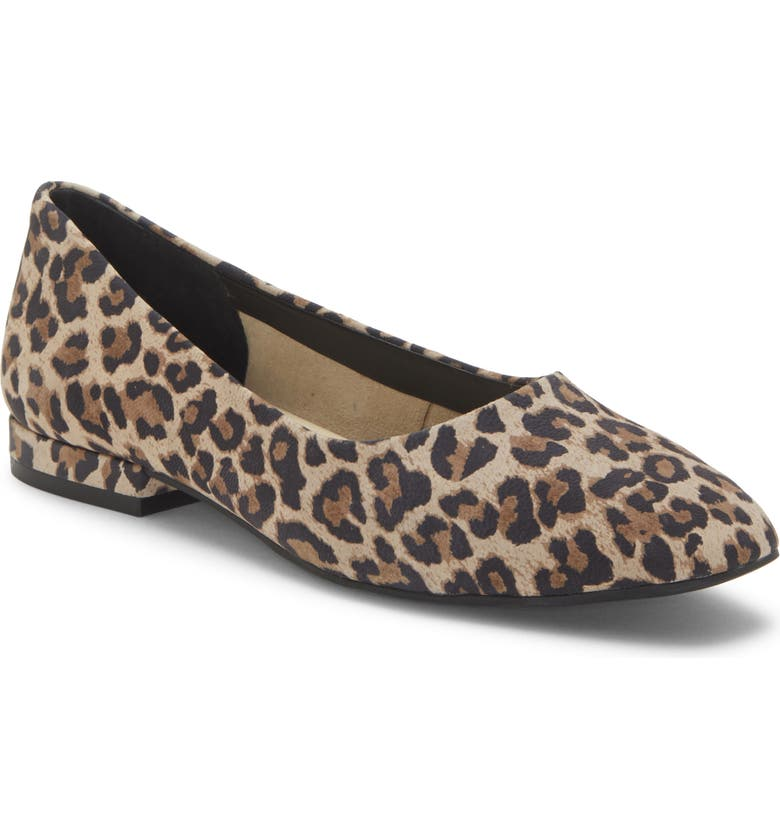 ENZO ANGIOLINI Lydian Skimmer Flat, Main, color, NATURAL/ BLACK SUEDE