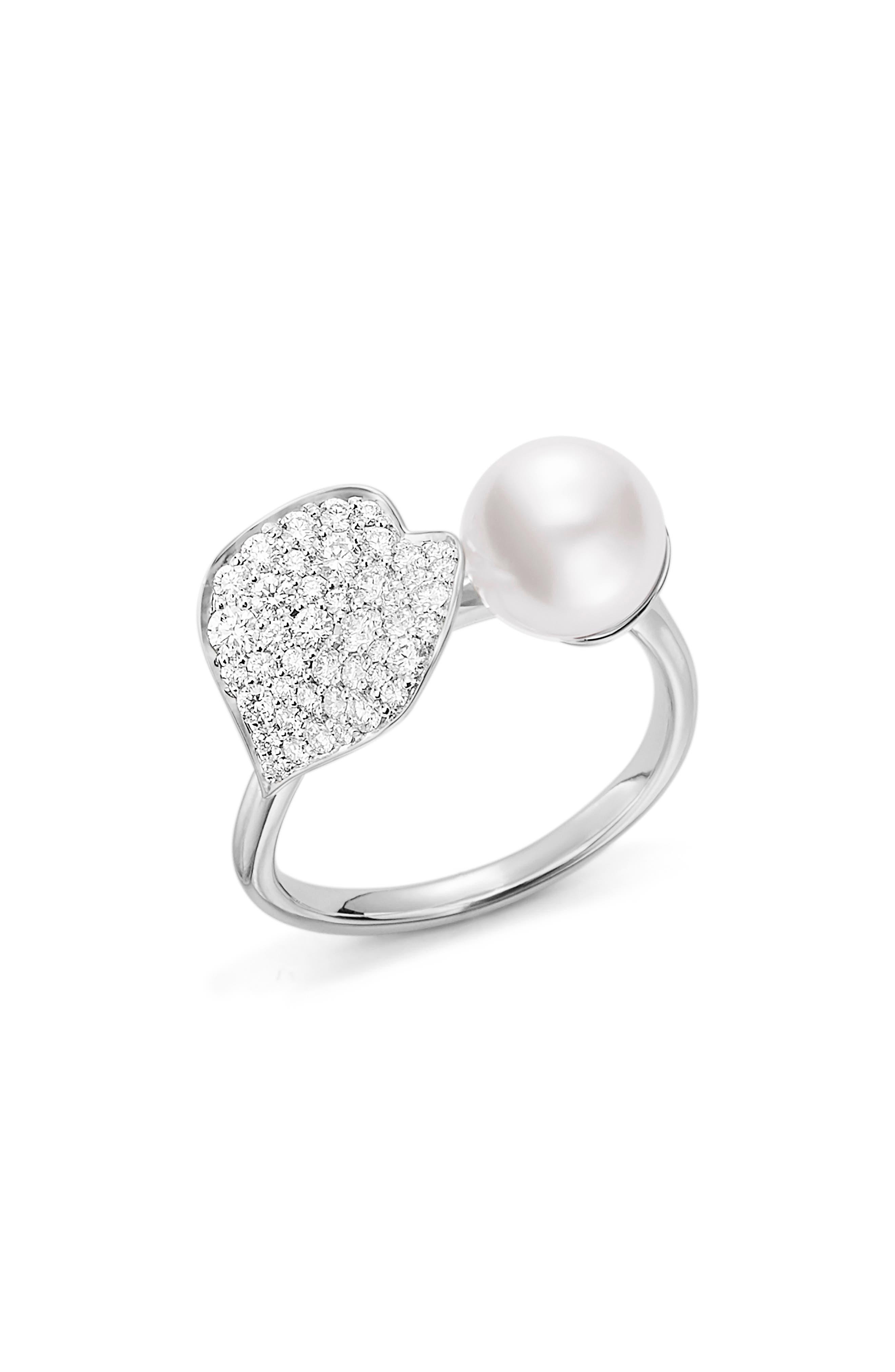 Diamond & Cultured Pearl Ring