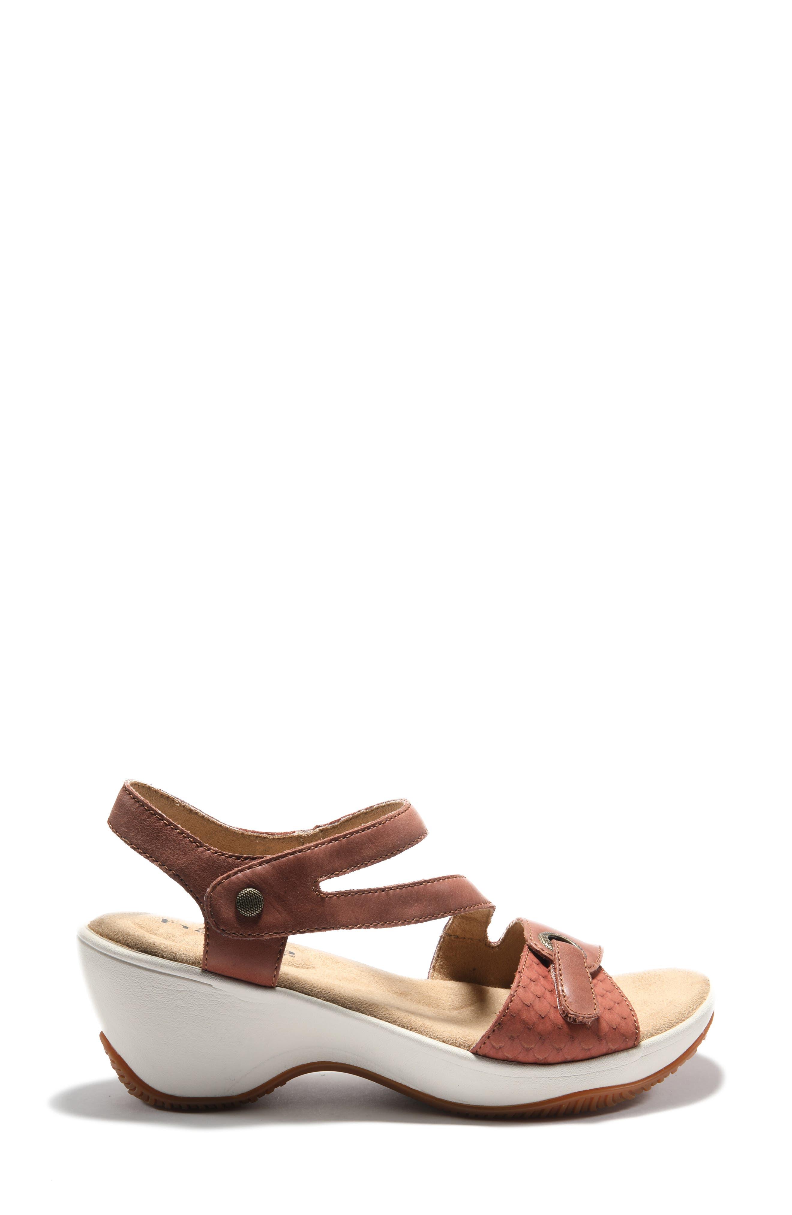 Women's Halsa Clara Asymmetrical Sandal