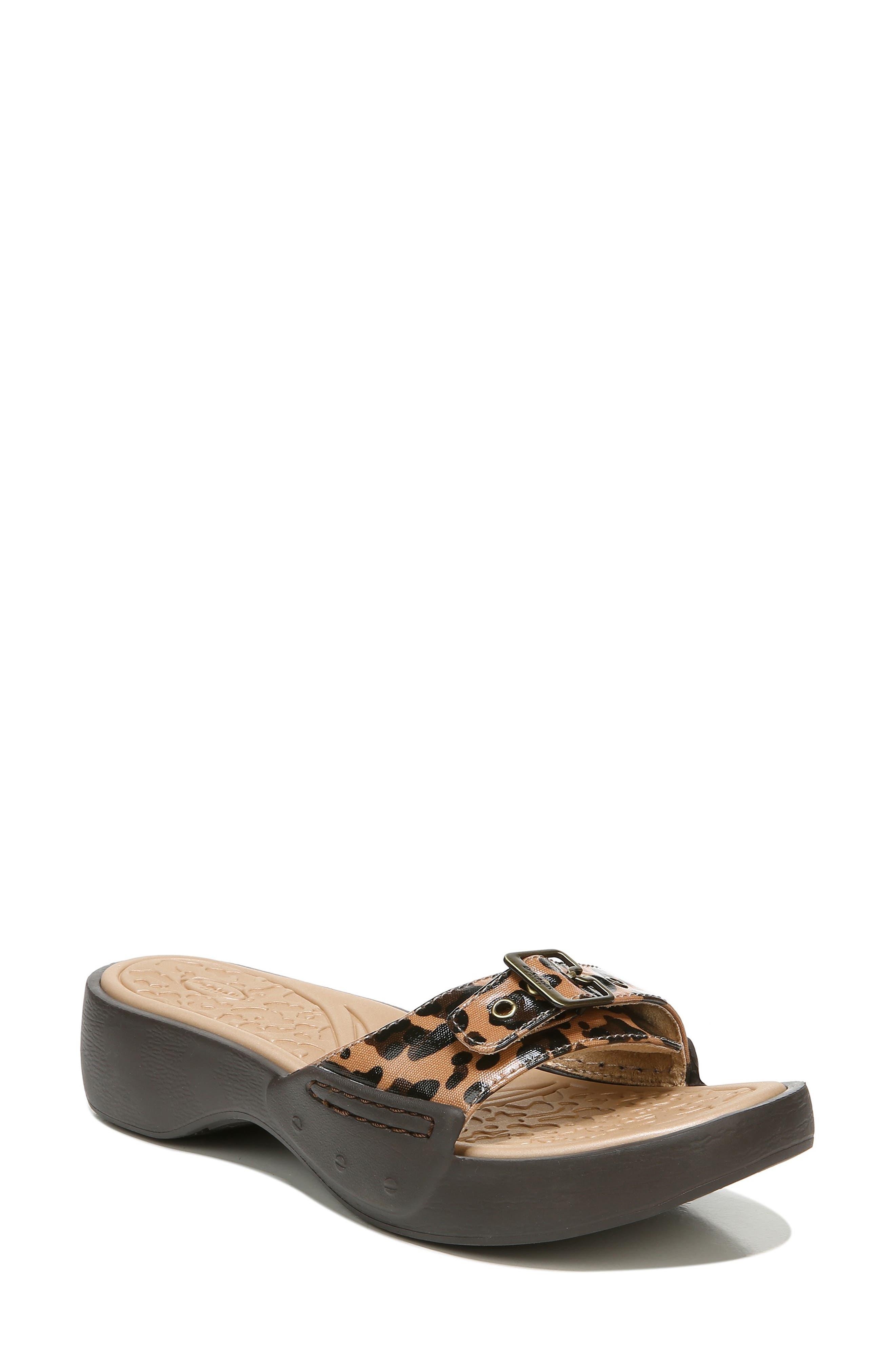 Rock On Slide Sandal