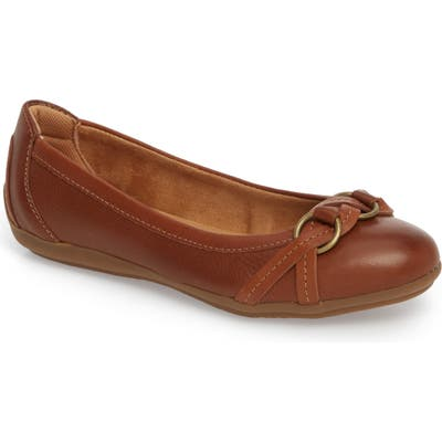 Comfortiva Malloree Flat, Brown