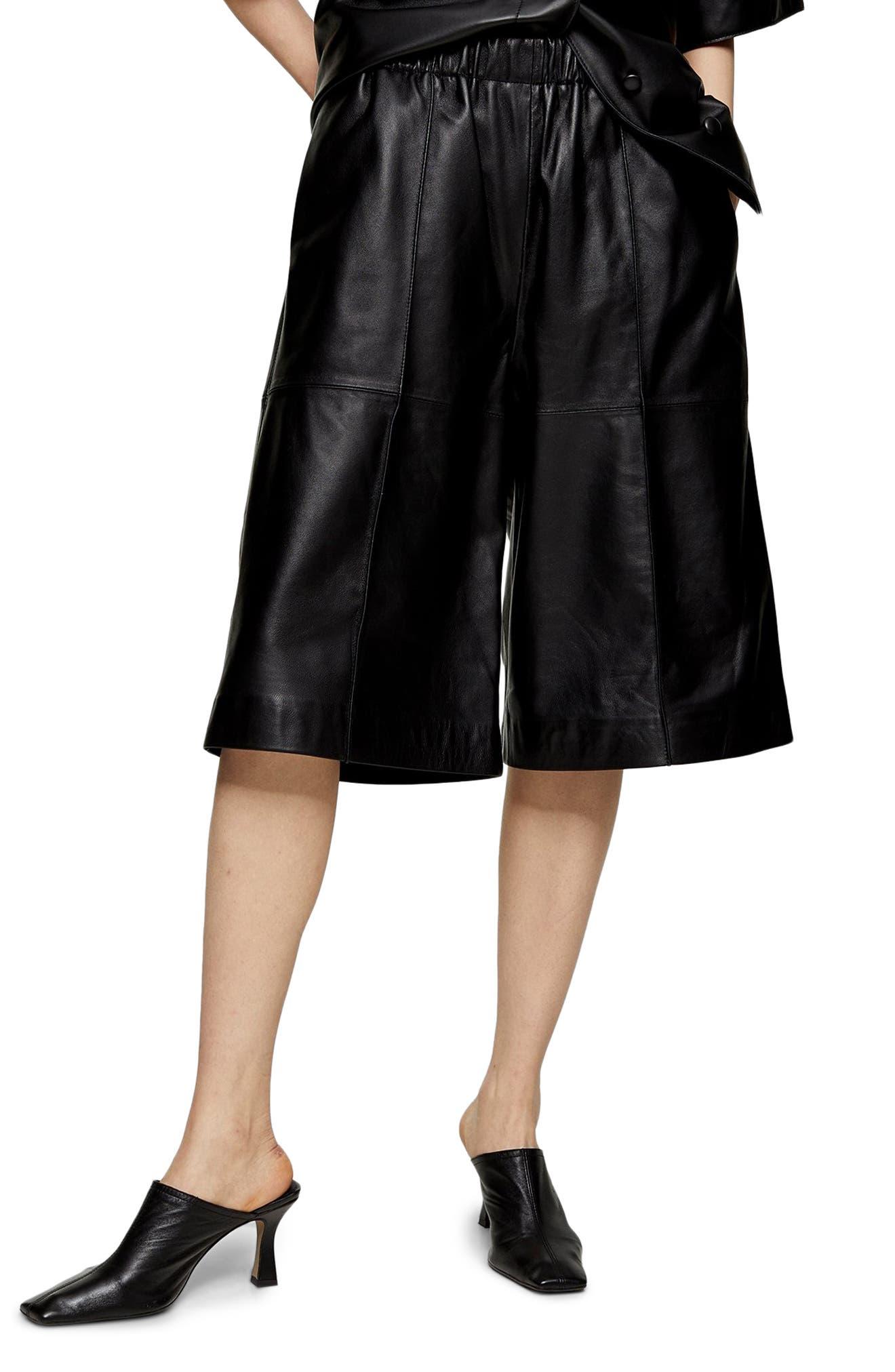 Women's Topshop Boutique Leather Bermuda Shorts,  2 US (fits like 0) - Black