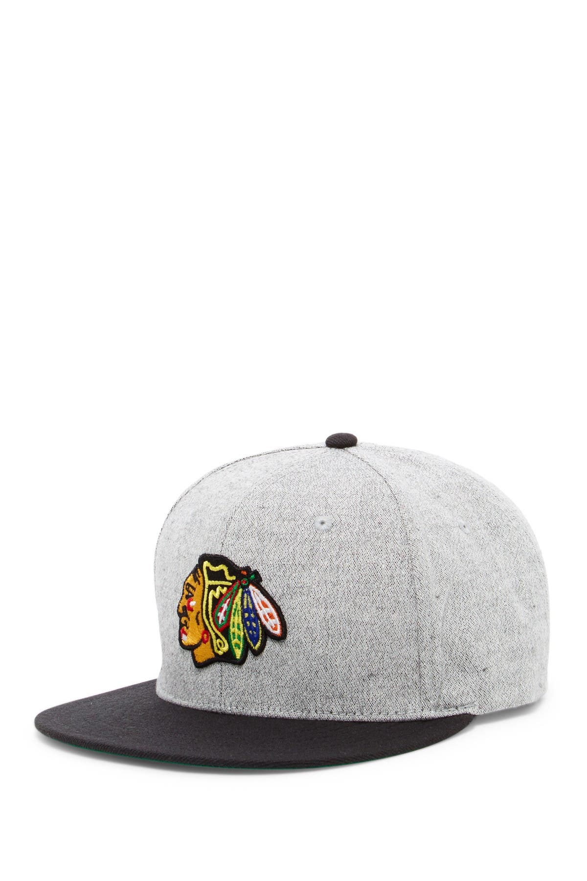 Image of American Needle NHL Chicago Blackhawks Castle Rock Baseball Cap