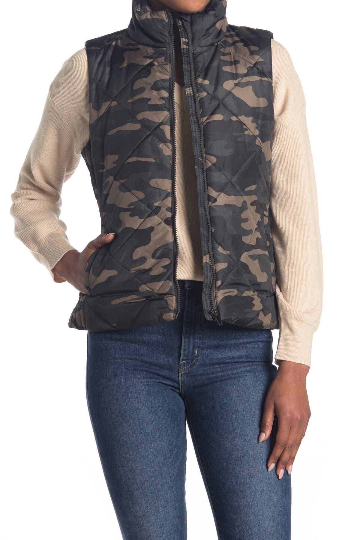 Image of North and Co Camo Puffer Zip Vest