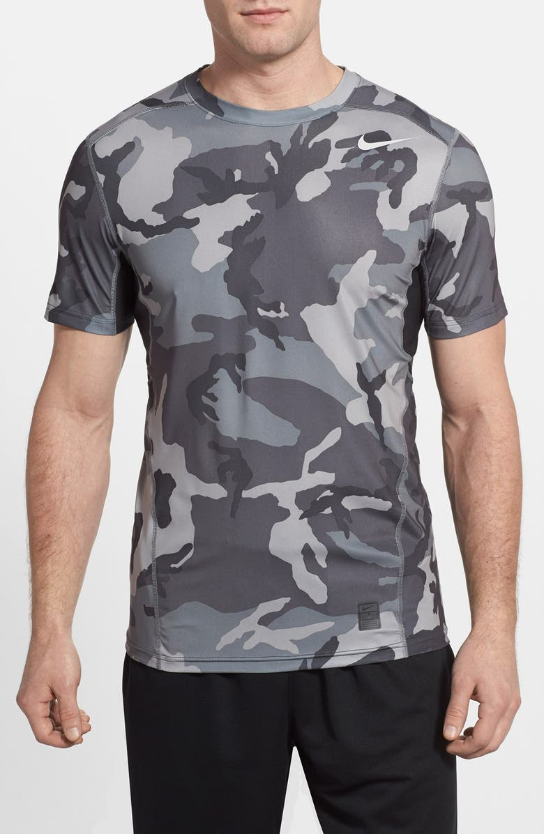 Nike Running PRO COMBAT HYPERCOOL WOODLAND FITTED SHIRT