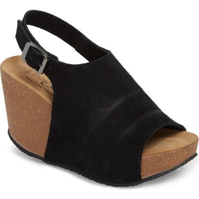 Bos. & Co. Sheila Platform Wedge Sandal - Black