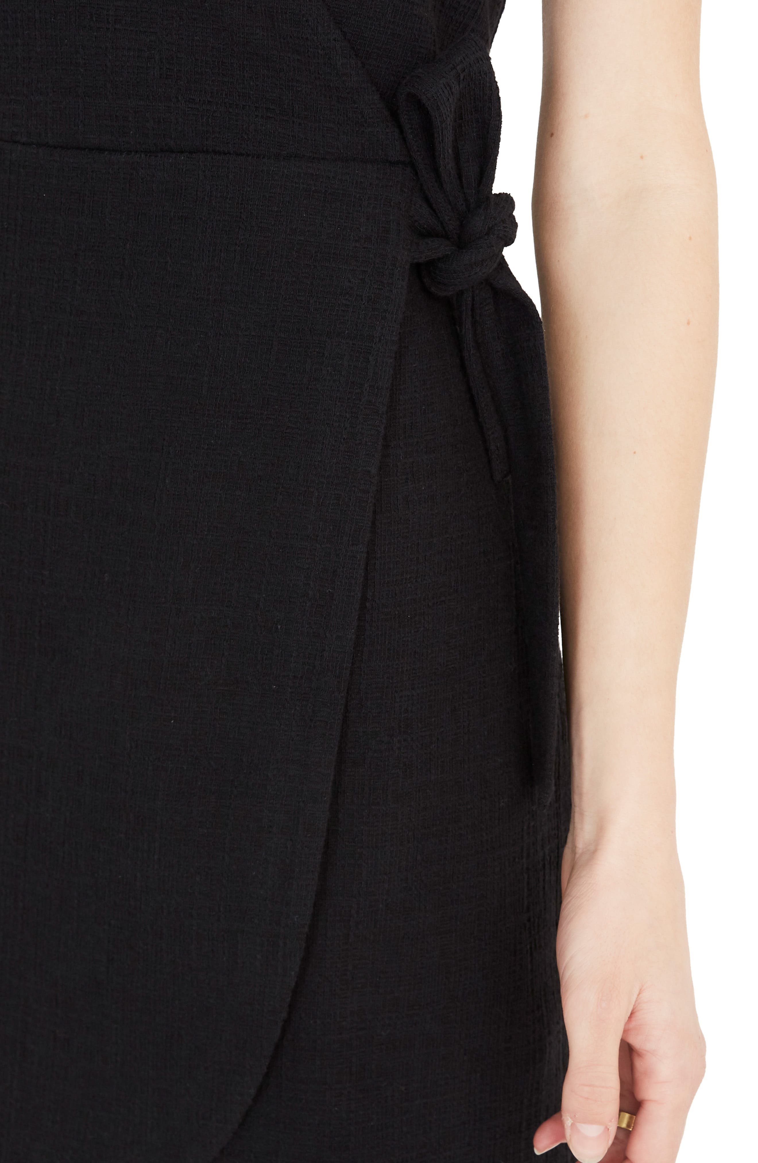 ,                             Texture & Thread Short Sleeve Side Tie Dress,                             Alternate thumbnail 4, color,                             TRUE BLACK