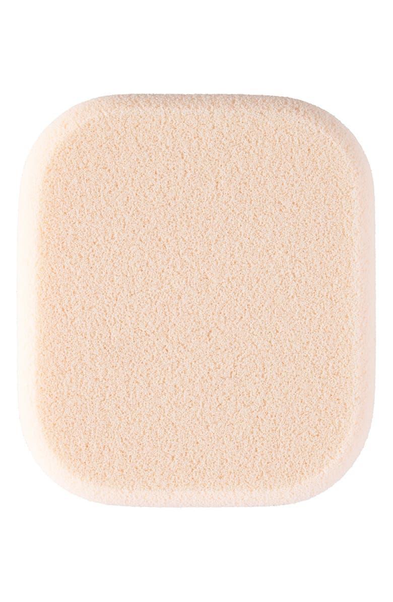 Cl De Peau Beaut Radiant Powder Foundation Sponge