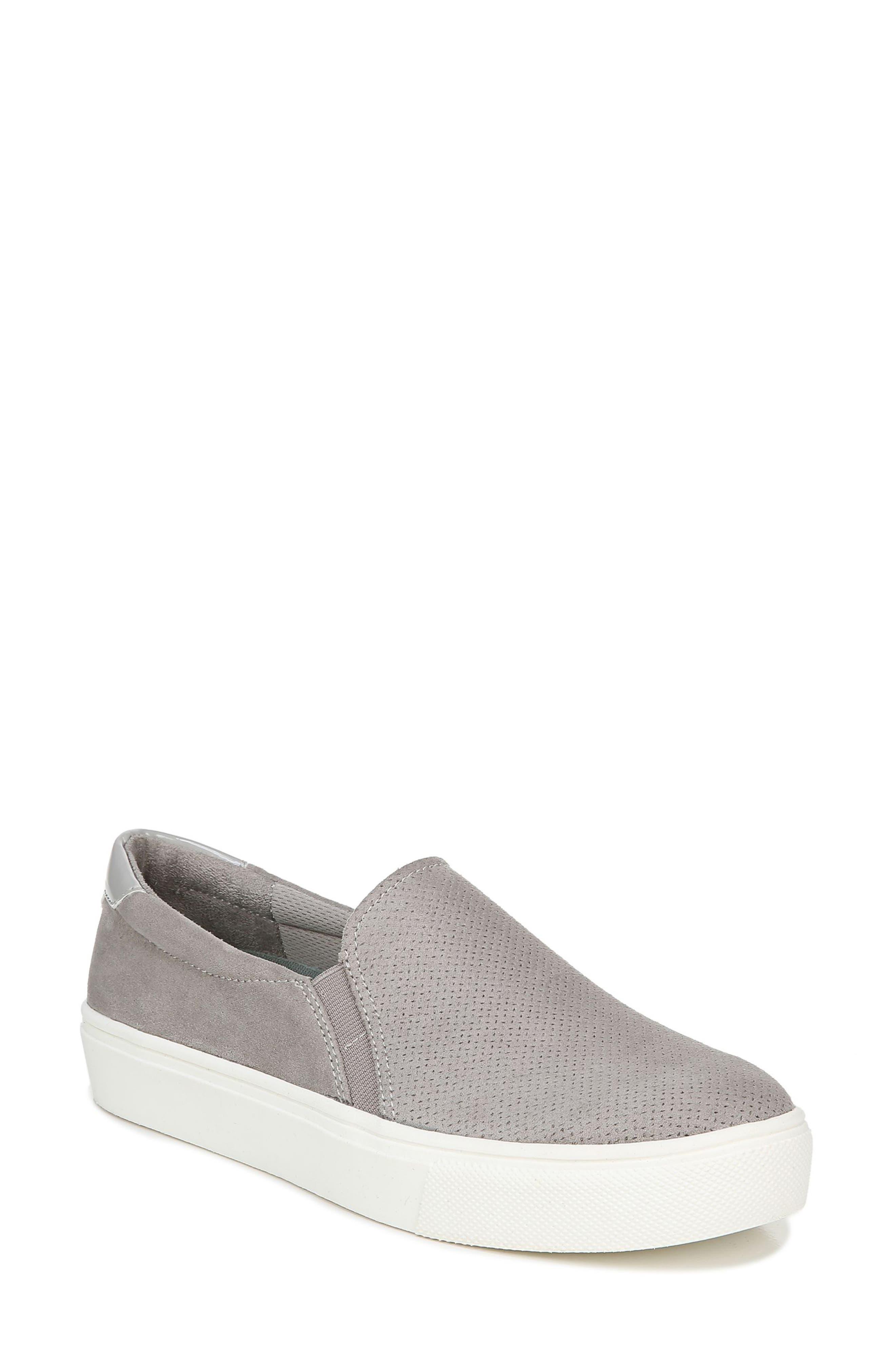 Nova Slip-On Sneaker