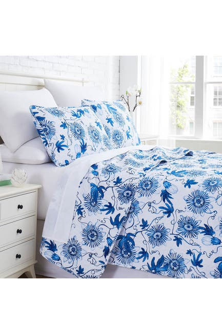 Image of SOUTHSHORE FINE LINENS Floral Joy Oversized Quilt Cover Set - Blue - King/California King