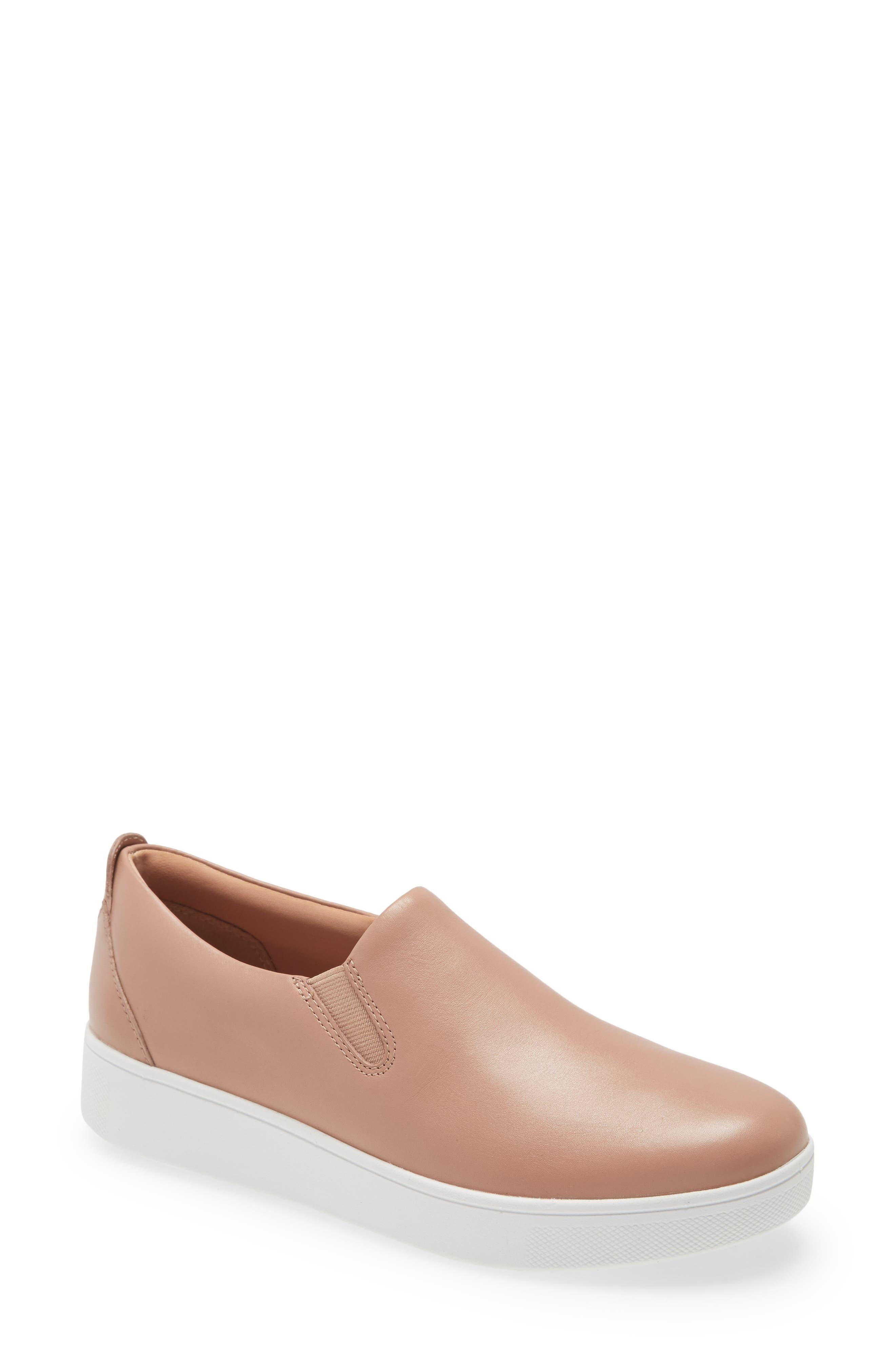 Sania Skates Slip-On Sneaker