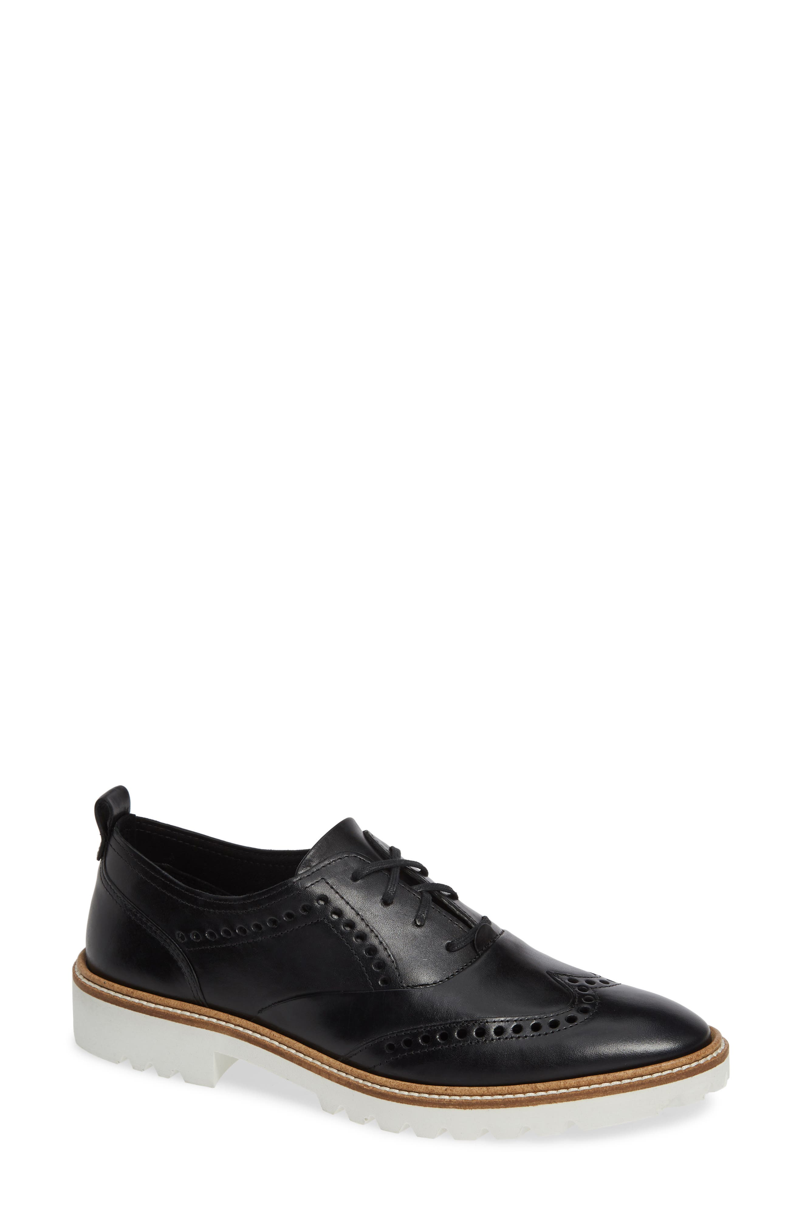 Incise Tailored Wingtip Oxford, Main, color, BLACK LEATHER