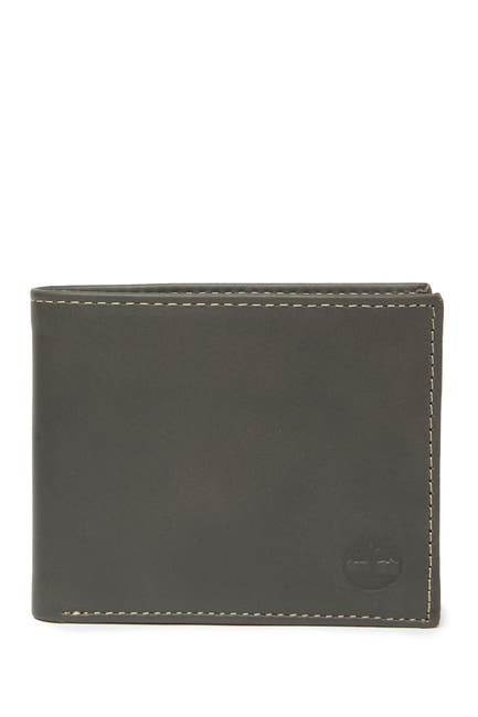 Image of Timberland Cloudy Logo Leather Passcase
