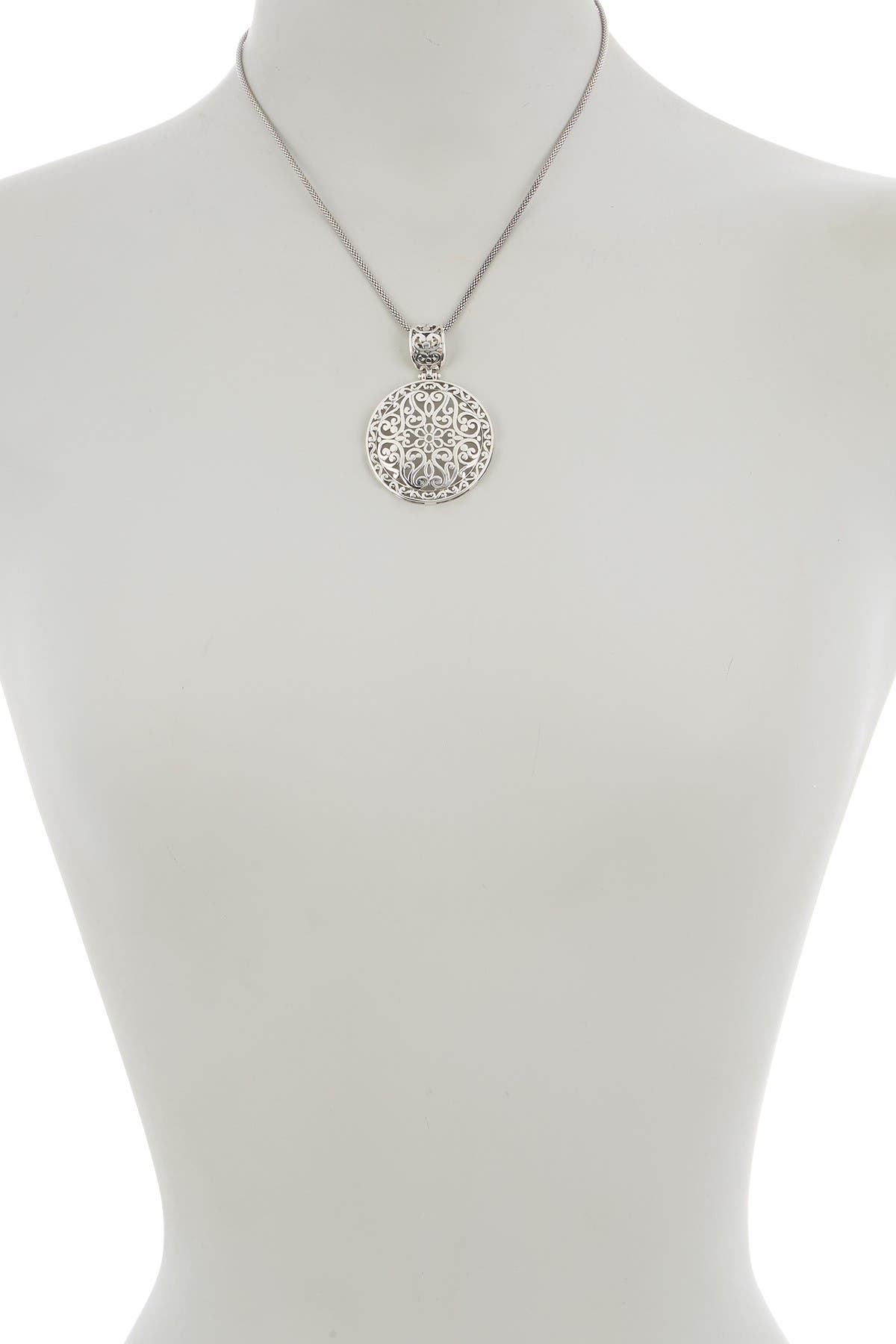 Image of Candela Sterling Silver Etched Pendent Necklace
