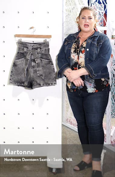 Voukko Tie Waist Denim Shorts, sales video thumbnail