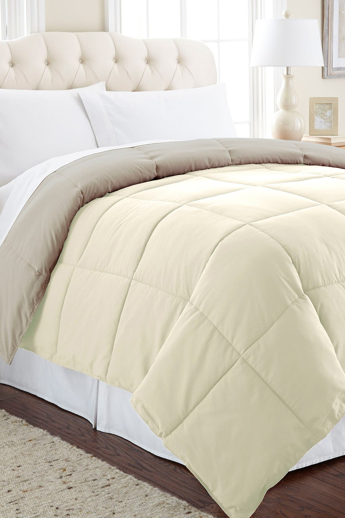 Image of Modern Threads Down Alternative Reversible Twin Comforter - Ivory/Atmosphere