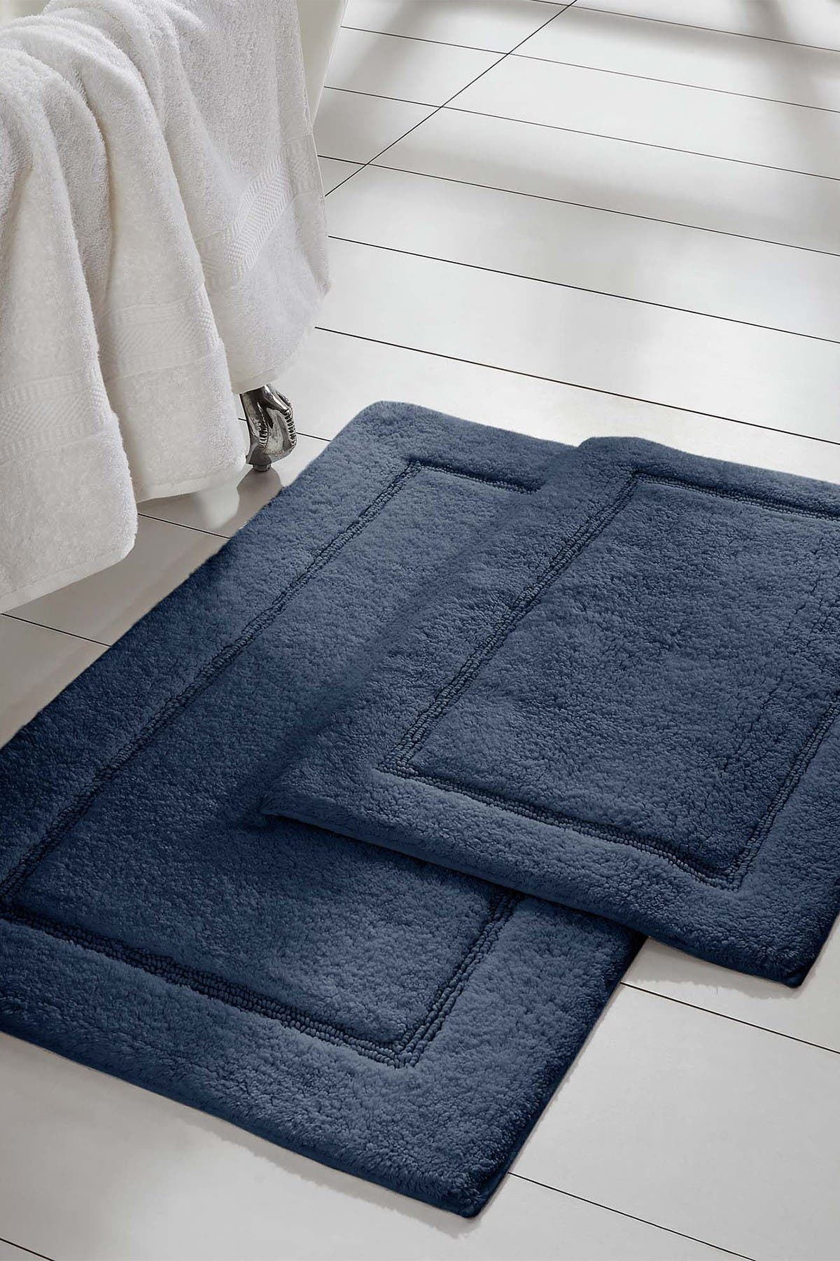 Image of Modern Threads 2-Piece Solid Loop with Non-Slip Backing Bath Mat Set - Navy