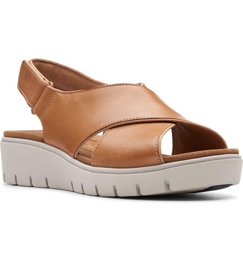 CLARKS<SUP>®</SUP> Un Karely Sun Slingback Sandal, Main, color, LIGHT TAN/ TAN LEATHER