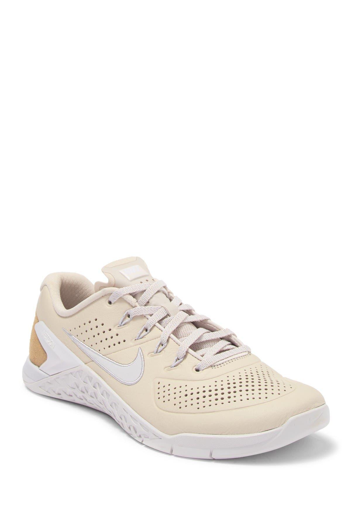 Nike | Metcon 4 Amp Leather Sneaker