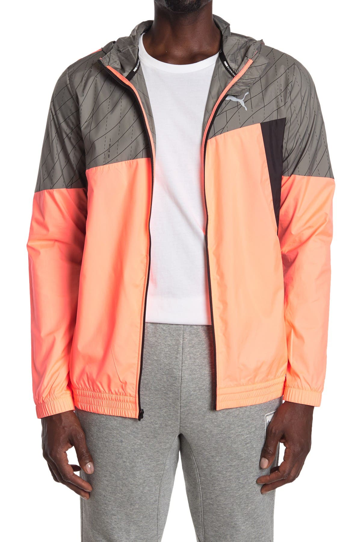 Image of PUMA Run Graphic Hooded Jacket