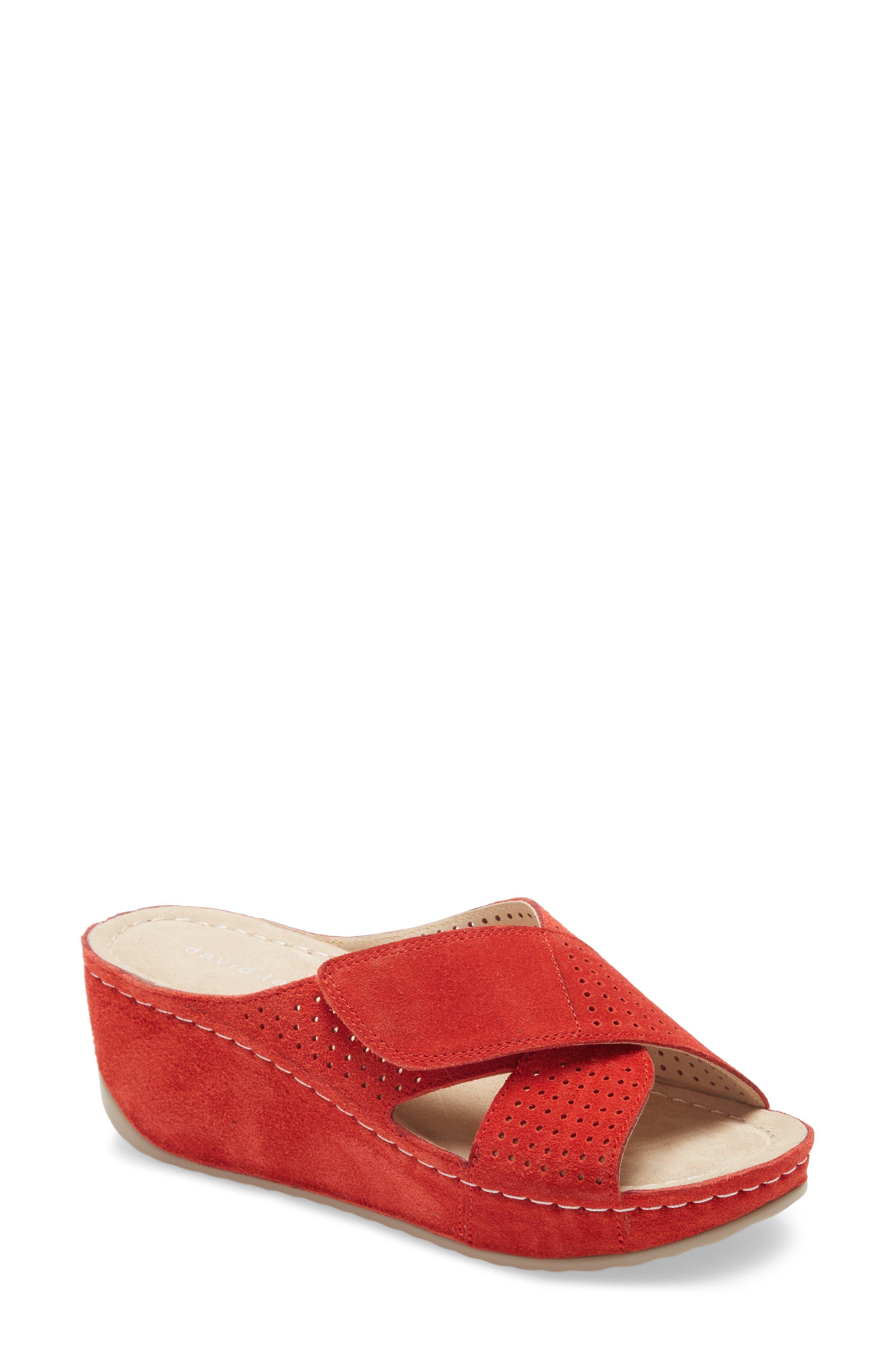 Iconic Wedge Sandal
